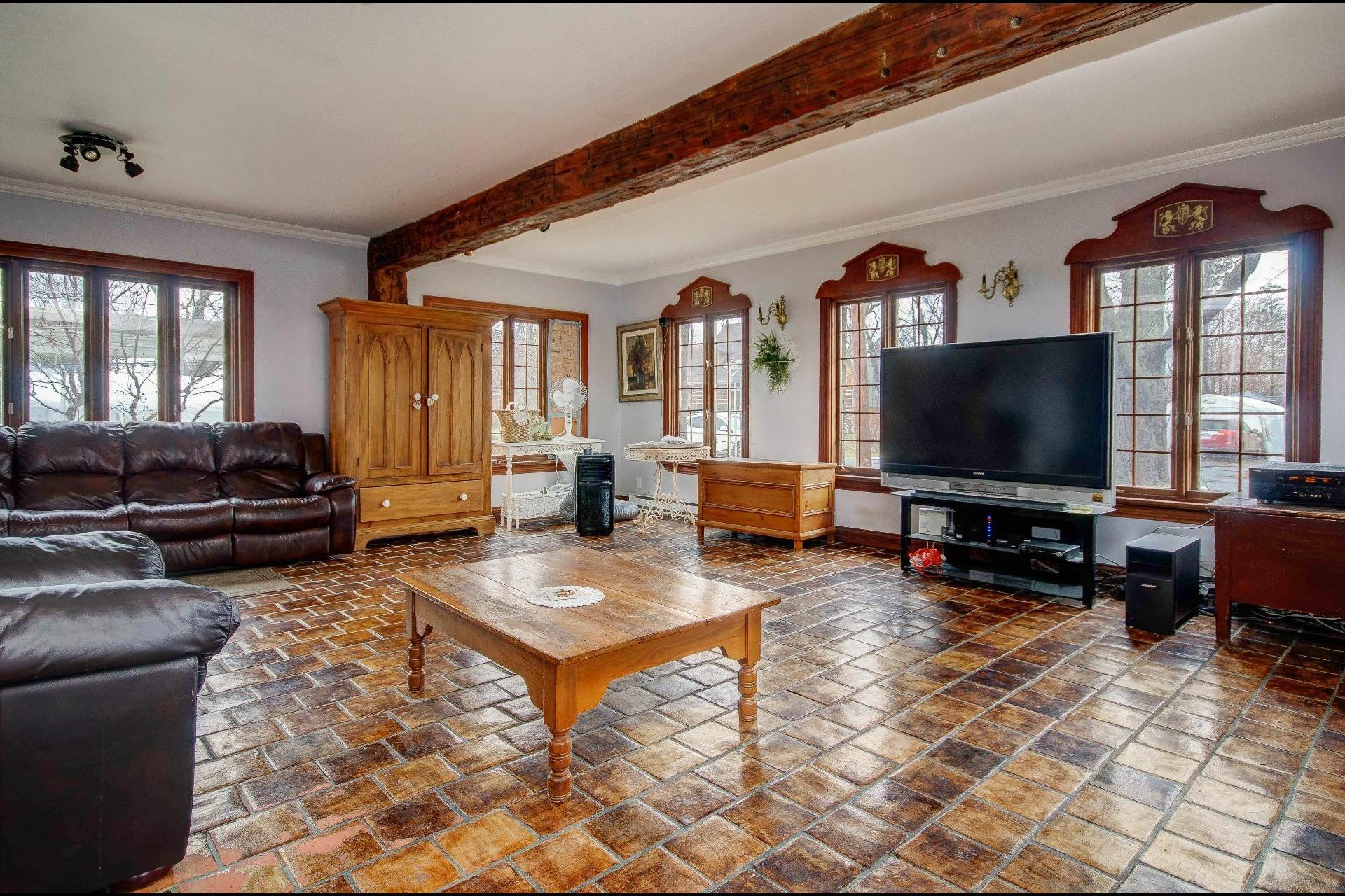 image 9 - Maison À vendre Châteauguay - 12 pièces