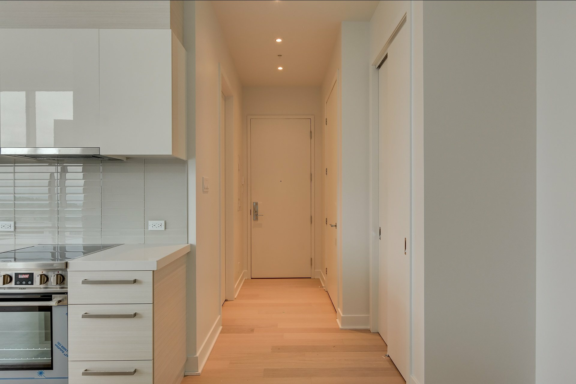 image 14 - Apartment For sale Montréal Ville-Marie  - 4 rooms