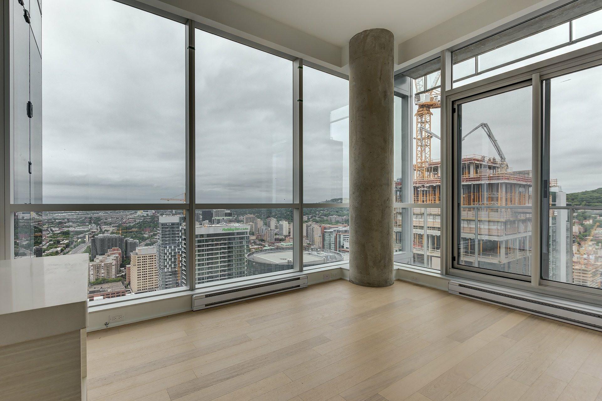 image 2 - Apartment For sale Montréal Ville-Marie  - 4 rooms