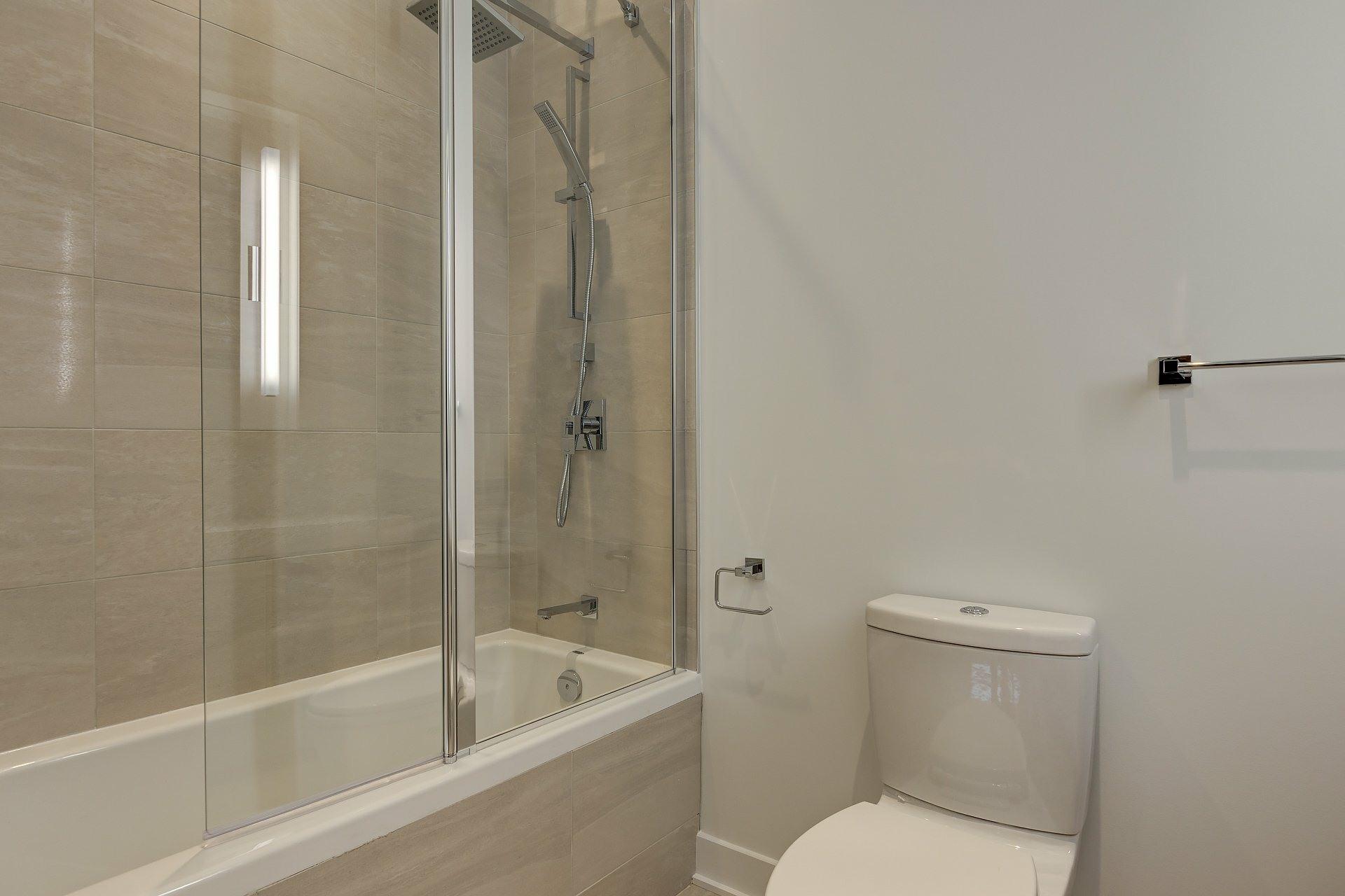 image 18 - Appartement À vendre Montréal Ville-Marie  - 4 pièces