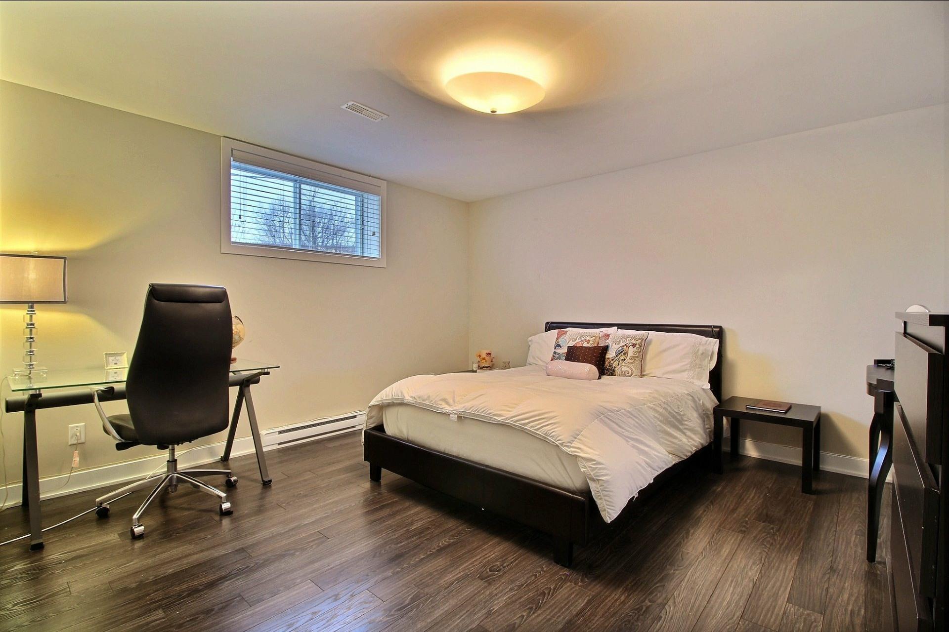 image 26 - Maison À vendre Blainville - 15 pièces