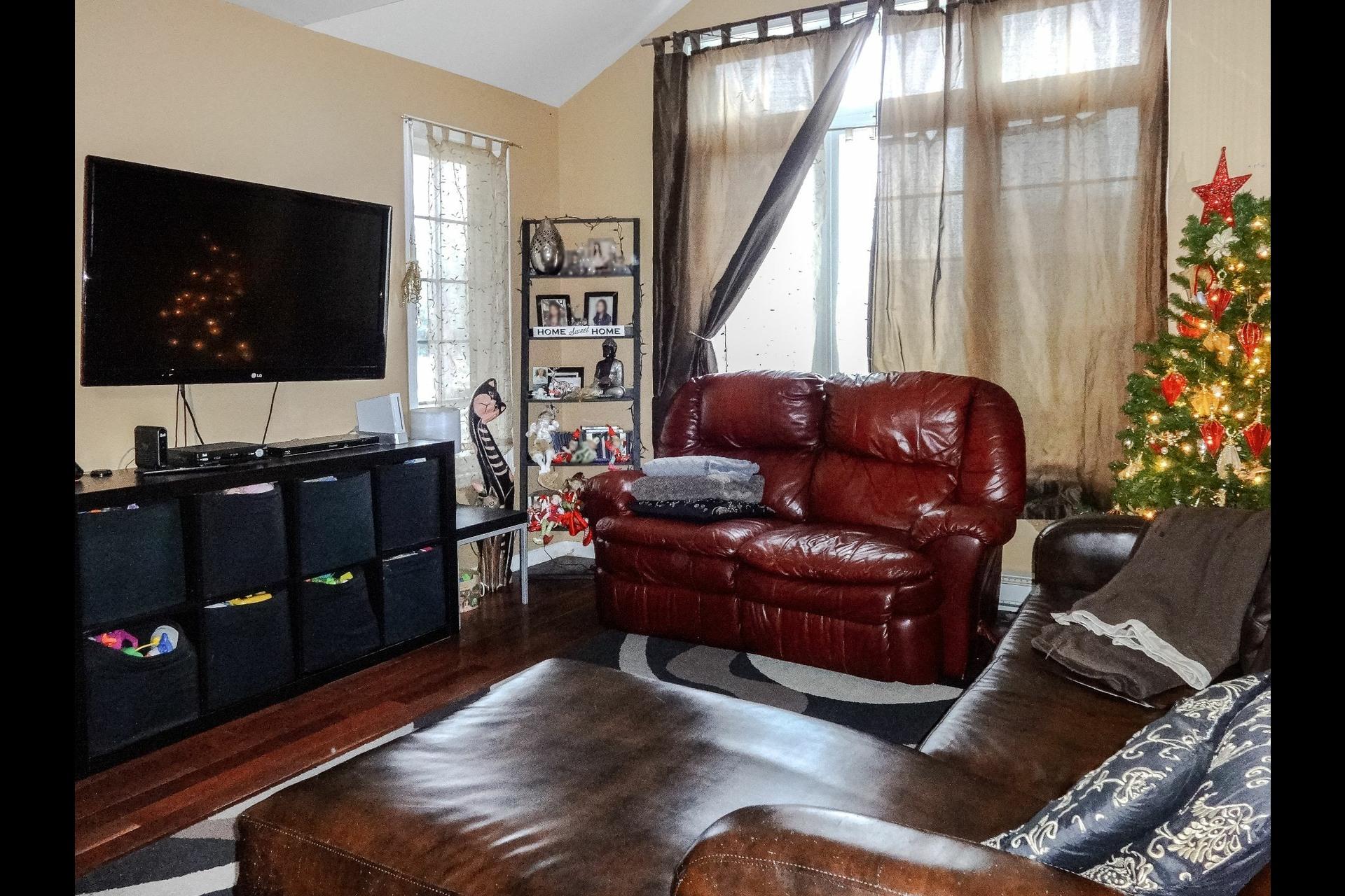 image 6 - Maison À vendre Marieville - 12 pièces
