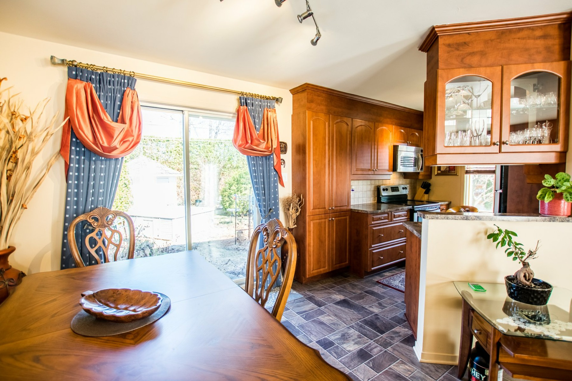 image 8 - House For sale Mercier - 9 rooms