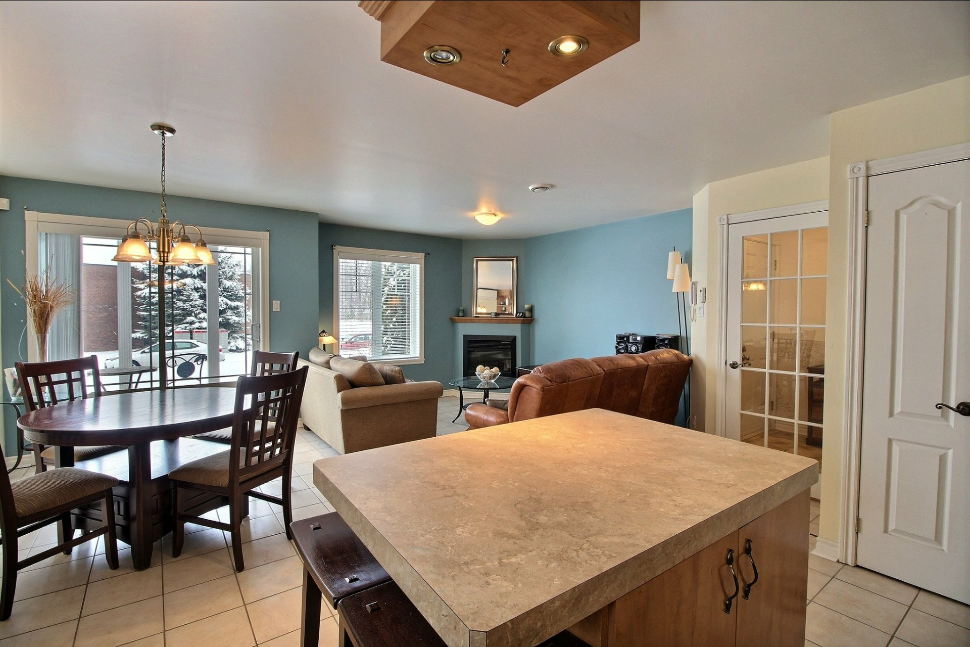 image 9 - Appartement À vendre Notre-Dame-des-Prairies - 10 pièces