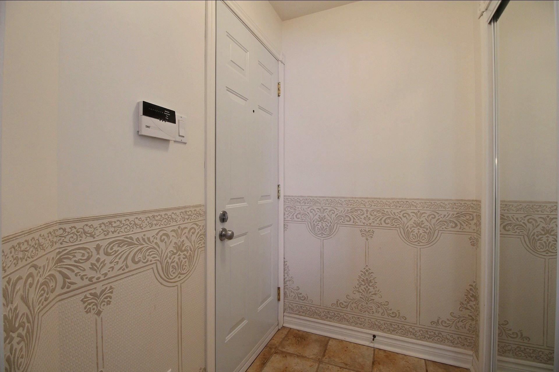 image 3 - Appartement À vendre Notre-Dame-des-Prairies - 10 pièces