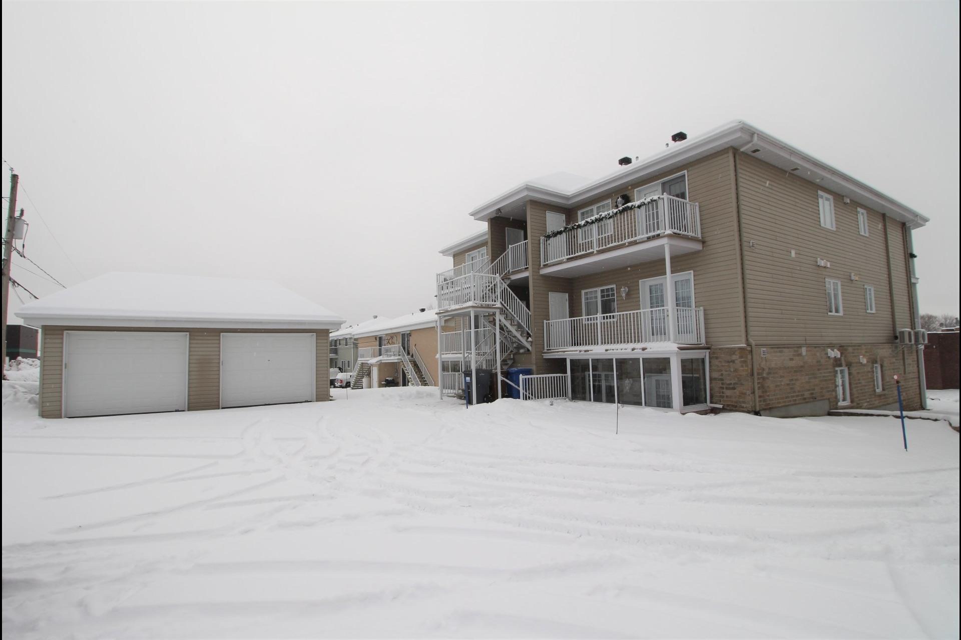 image 20 - Appartement À vendre Notre-Dame-des-Prairies - 10 pièces