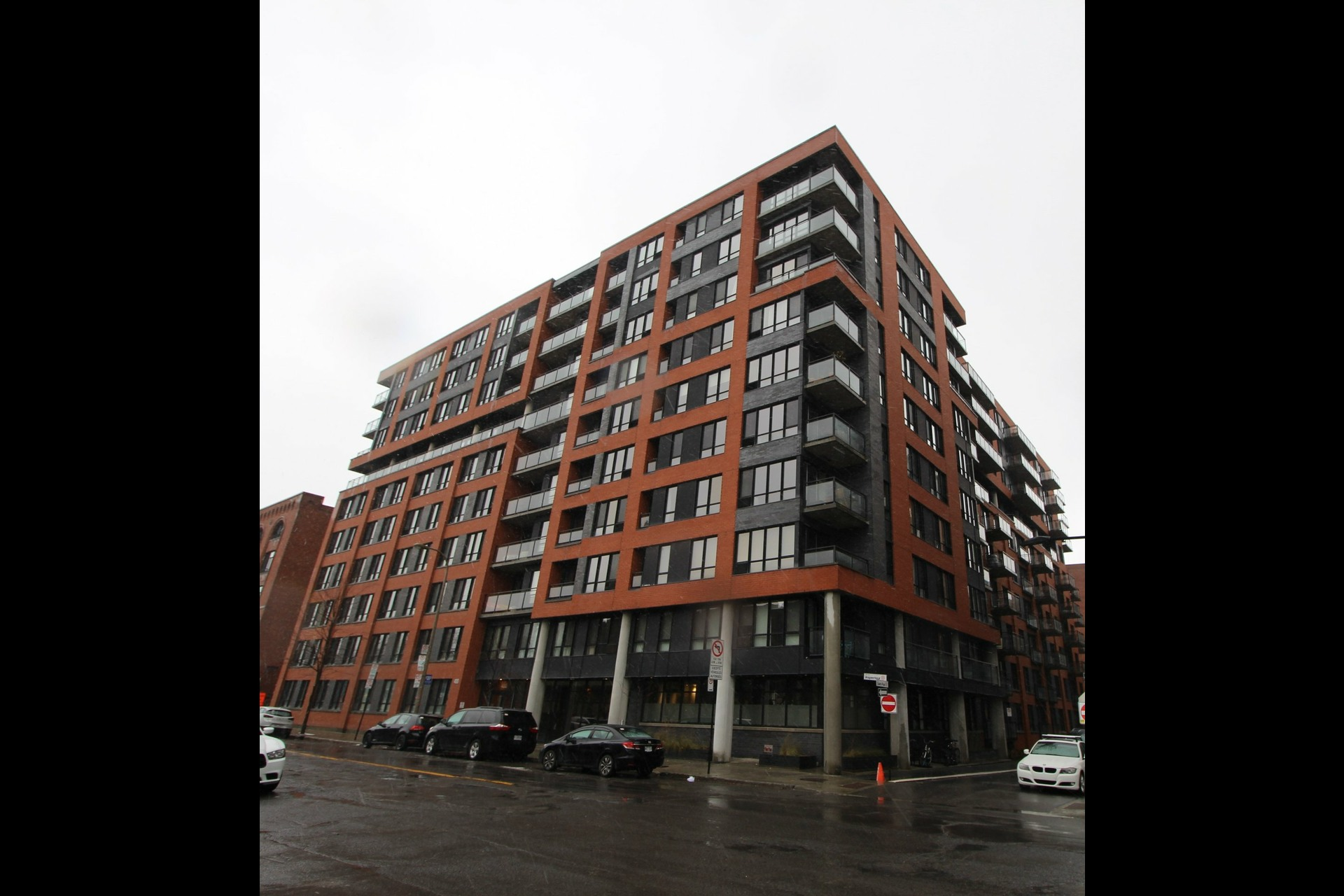 image 13 - Appartement À louer Montréal Le Sud-Ouest  - 3 pièces