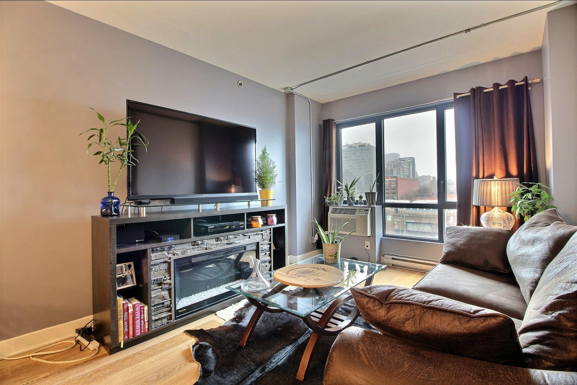 image 2 - Appartement À louer Montréal Le Sud-Ouest  - 3 pièces