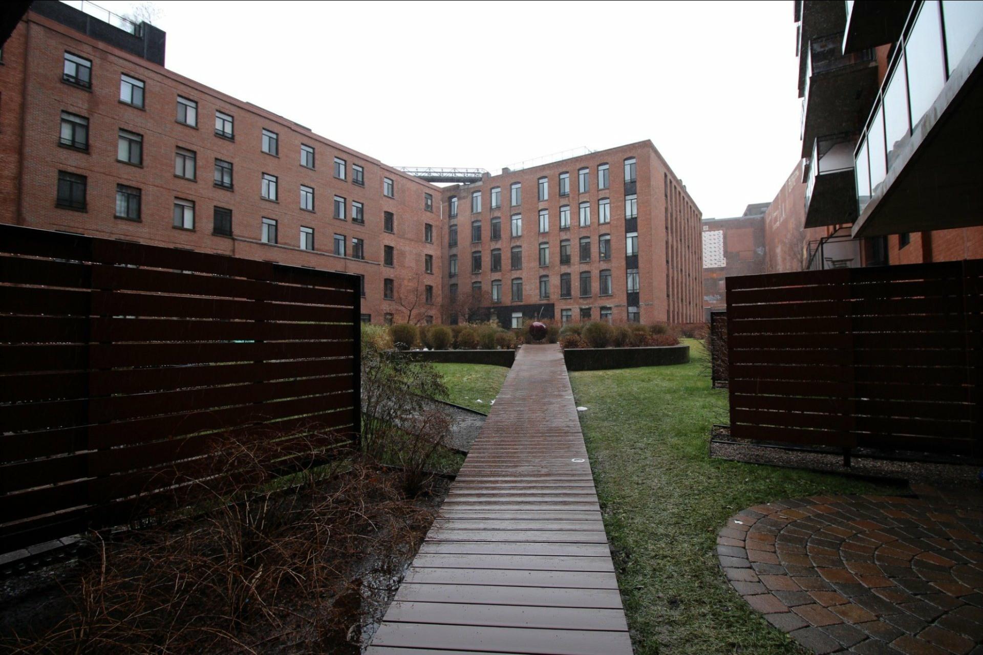 image 14 - Appartement À louer Montréal Le Sud-Ouest  - 3 pièces