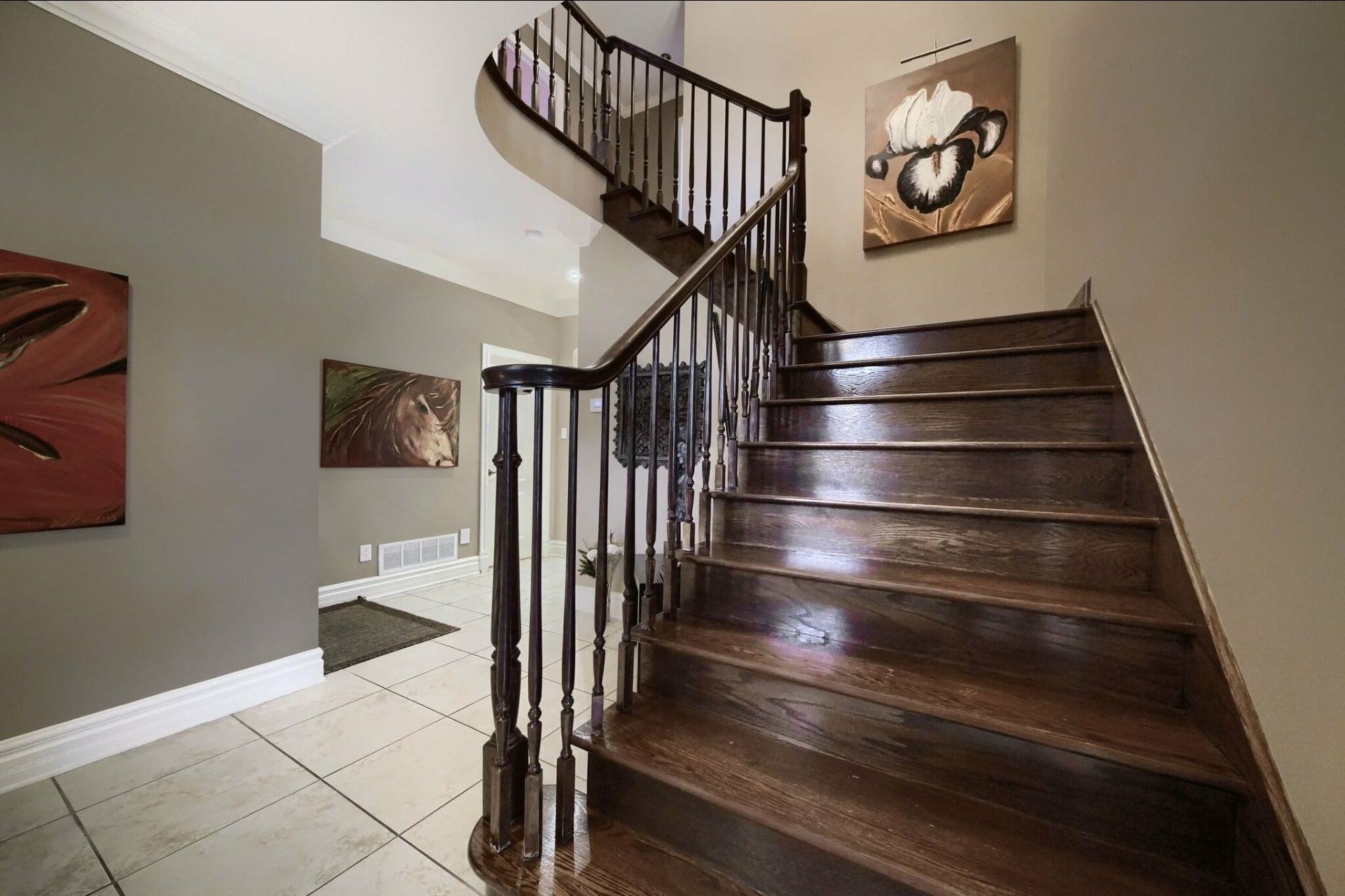 image 3 - House For sale Brossard - 17 rooms