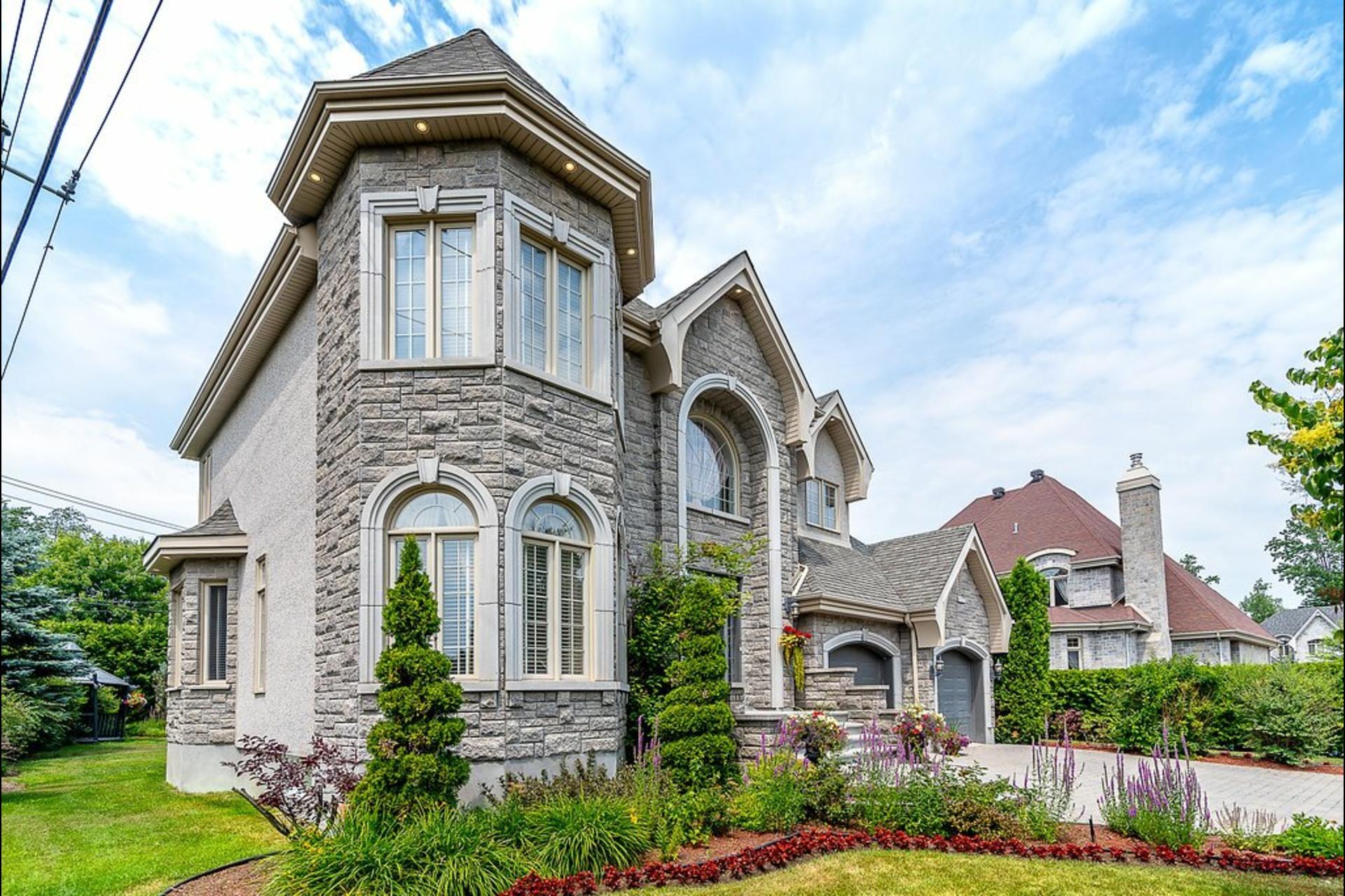 image 2 - Maison À vendre Blainville - 20 pièces