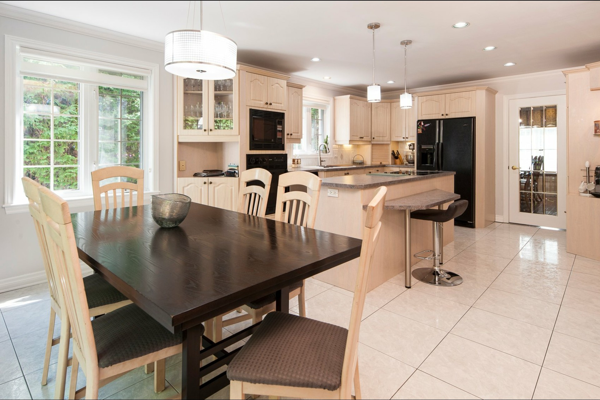 image 11 - House For sale Beaconsfield