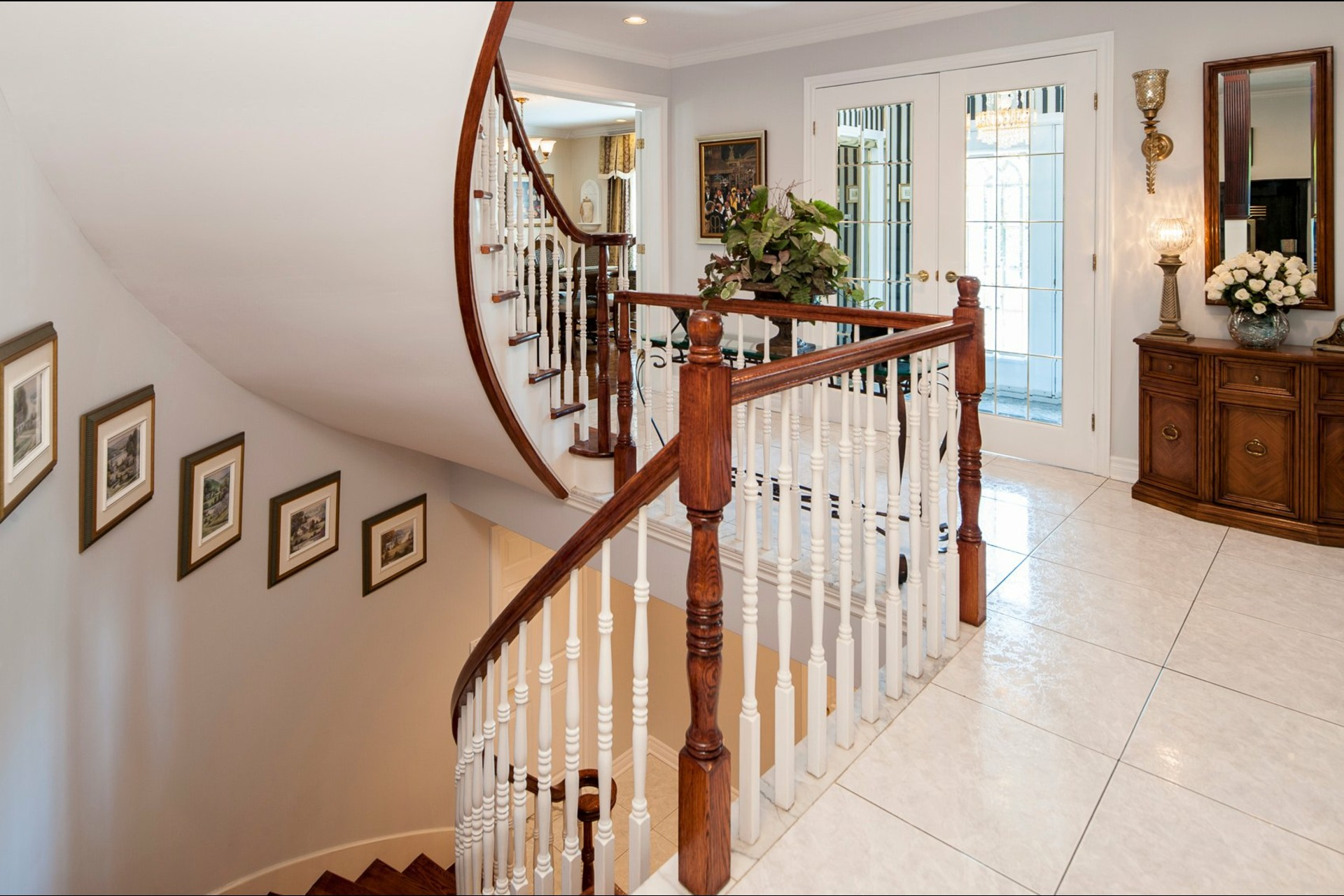 image 5 - House For sale Beaconsfield