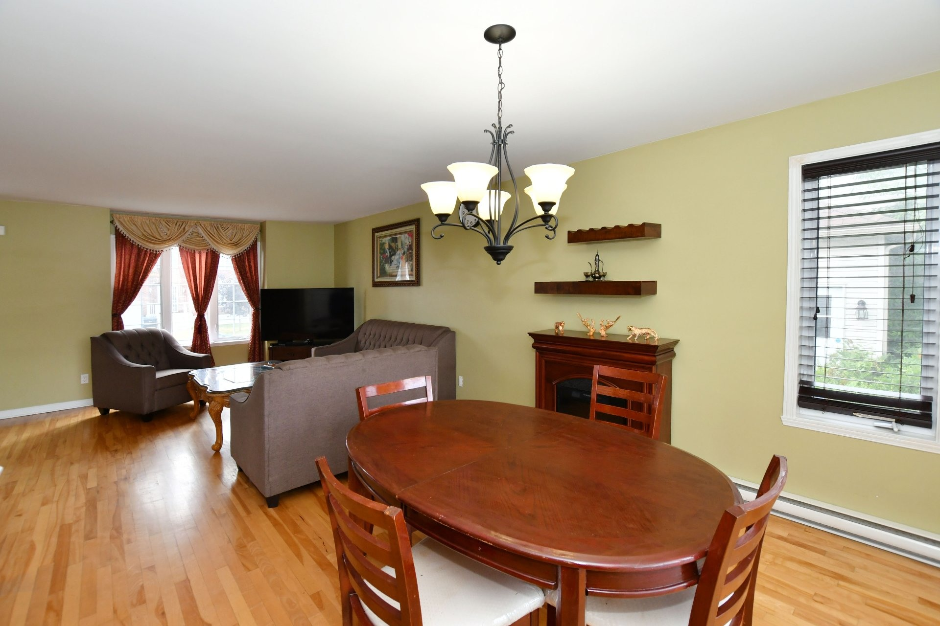 House For sale Vaudreuil-Dorion - 10 rooms