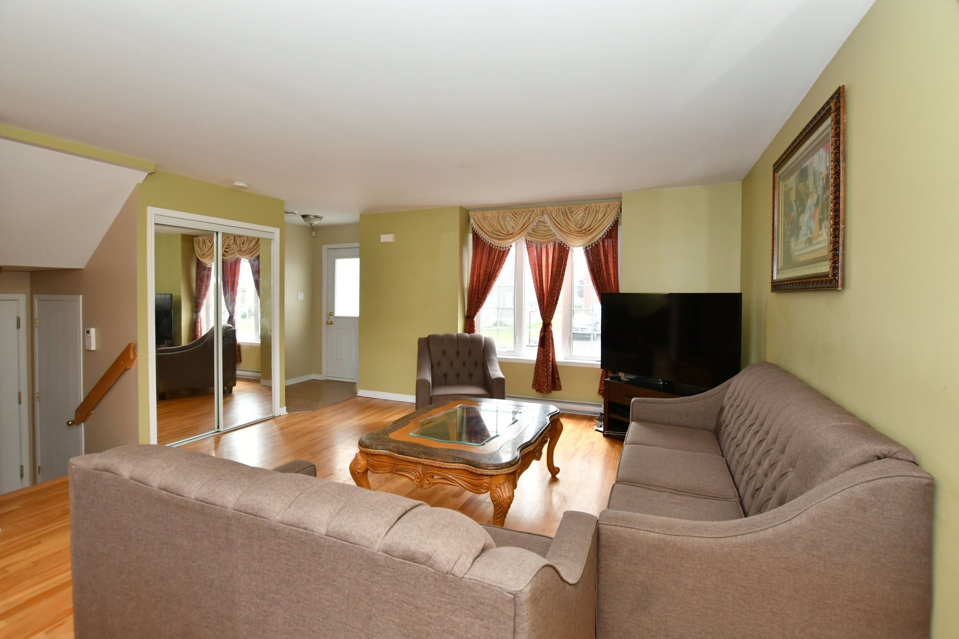 image 4 - House For sale Vaudreuil-Dorion - 10 rooms