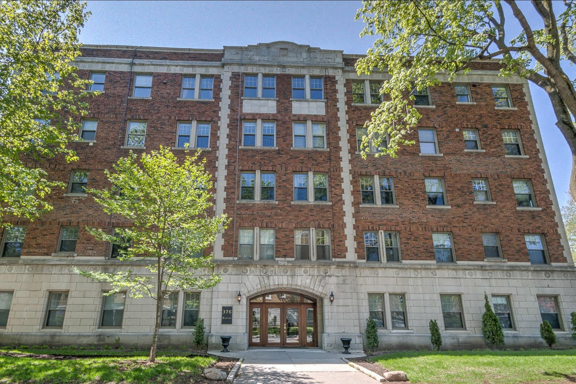 image 1 - Apartment For sale Westmount - 3 rooms