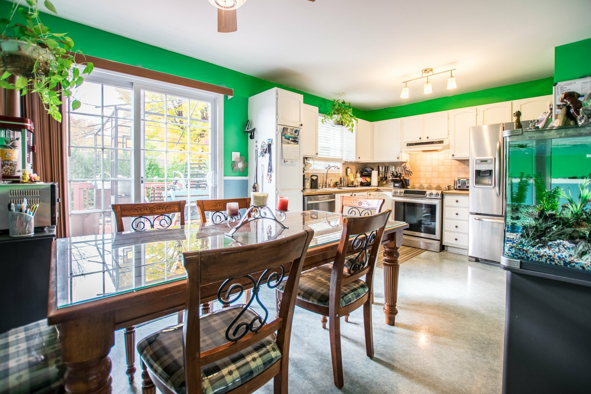 image 2 - House For sale Châteauguay - 12 rooms