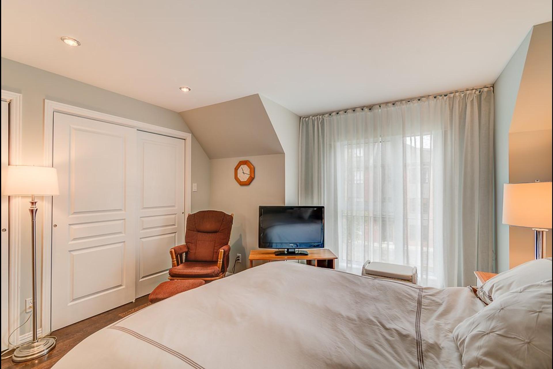 image 9 - Maison À vendre Boisbriand - 9 pièces
