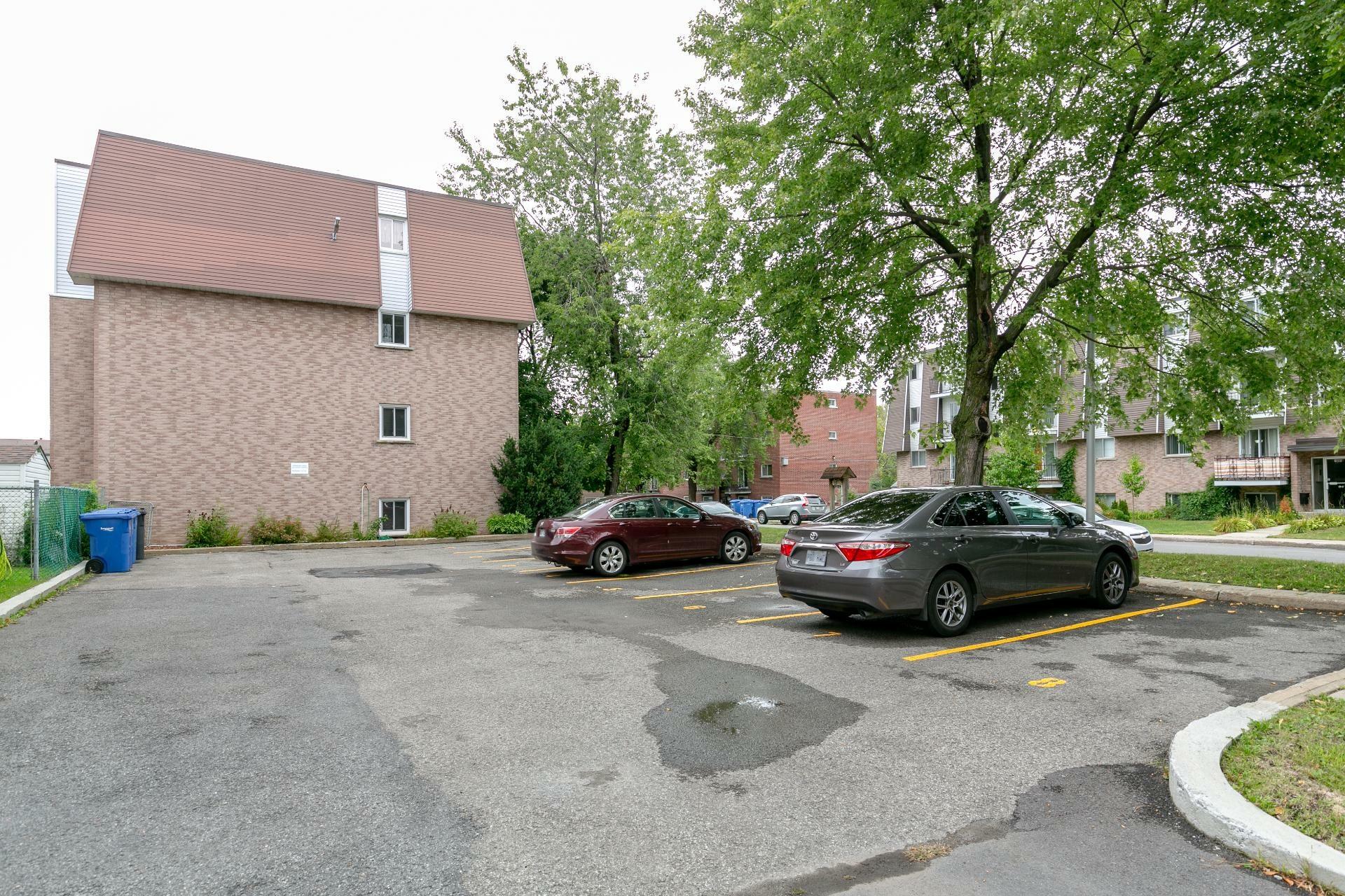 image 19 - Appartement À vendre Longueuil Le Vieux-Longueuil  - 7 pièces