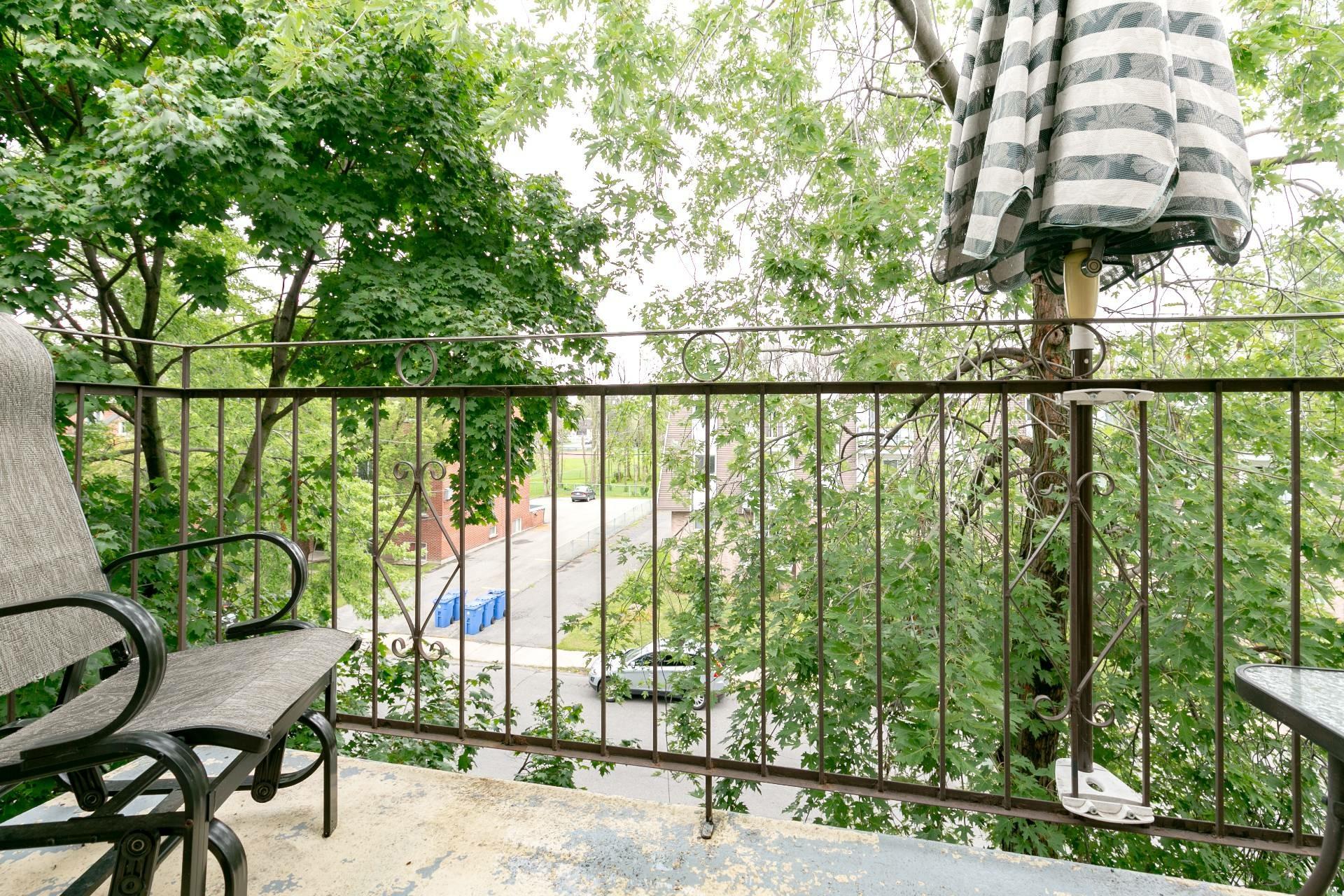 image 18 - Appartement À vendre Longueuil Le Vieux-Longueuil  - 7 pièces
