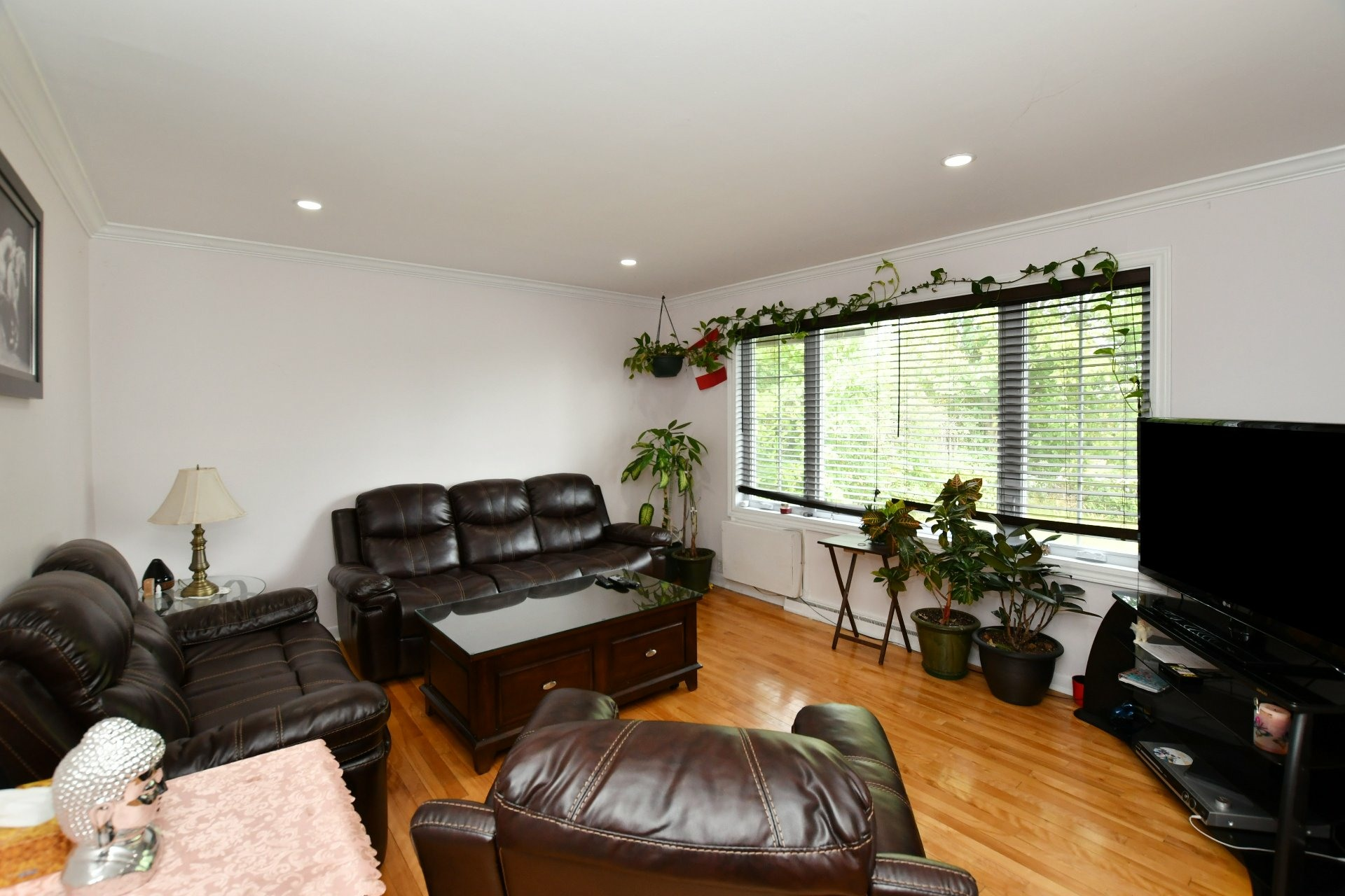 image 6 - House For sale Laval Chomedey  - 7 rooms