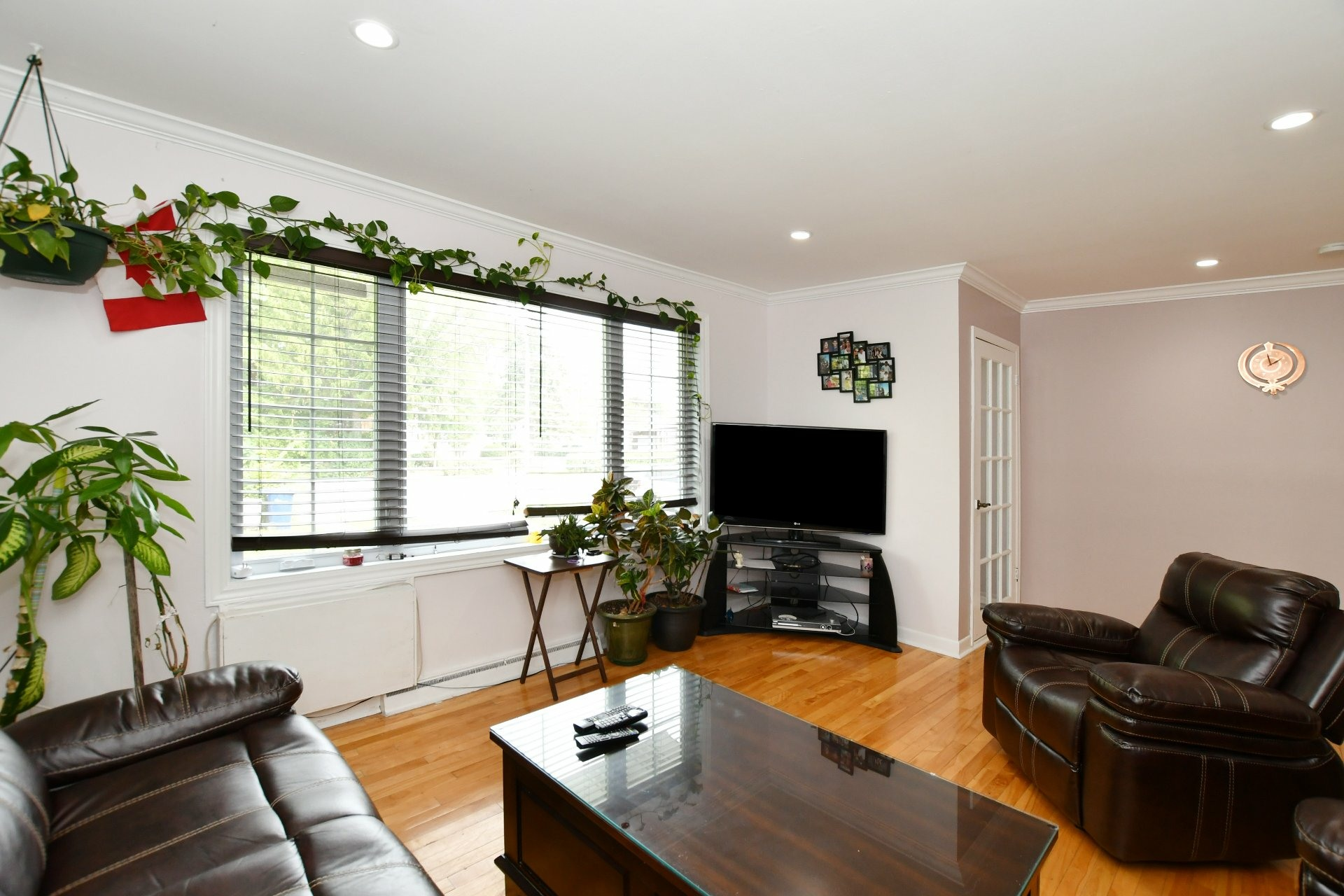 image 8 - House For sale Laval Chomedey  - 7 rooms