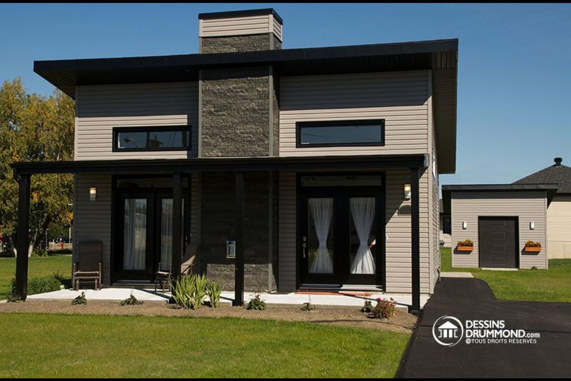 image 1 - Maison À vendre Lac-Supérieur - 9 pièces