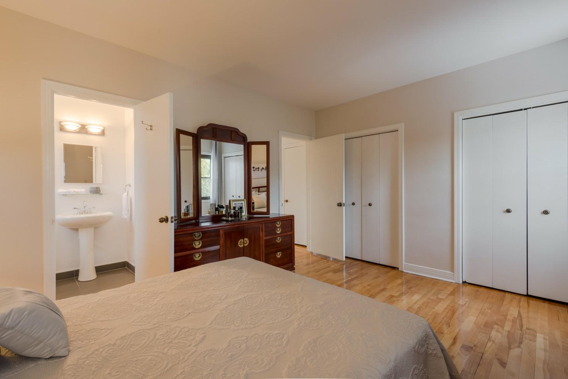 image 9 - House For sale Montréal-Ouest - 16 rooms