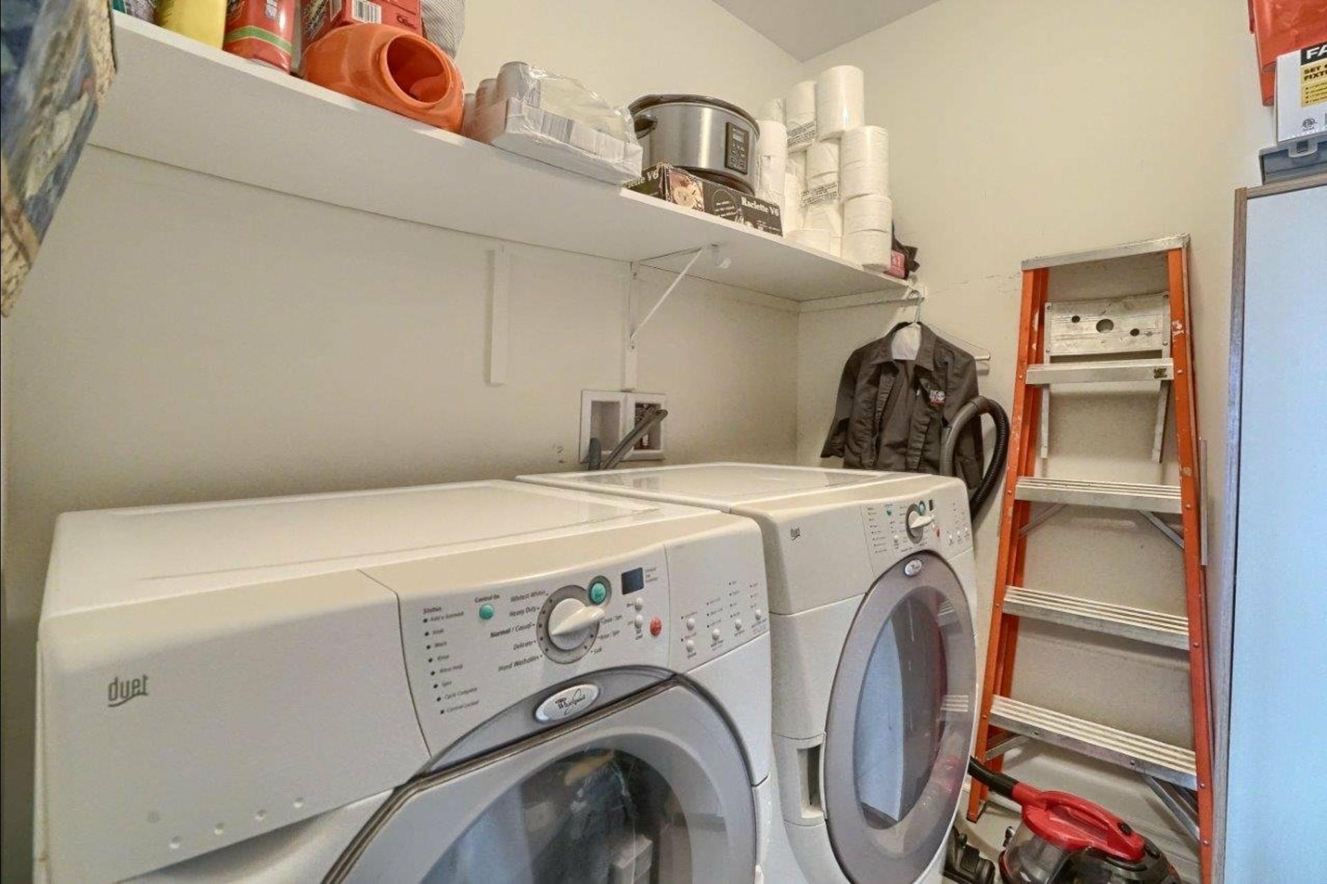 image 18 - Appartement À vendre La Prairie - 6 pièces