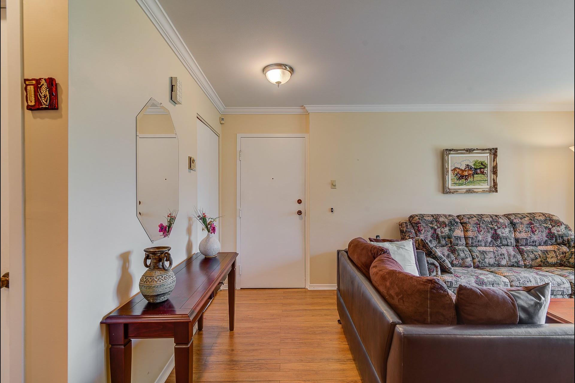 image 5 - Appartement À vendre Laval Chomedey  - 7 pièces