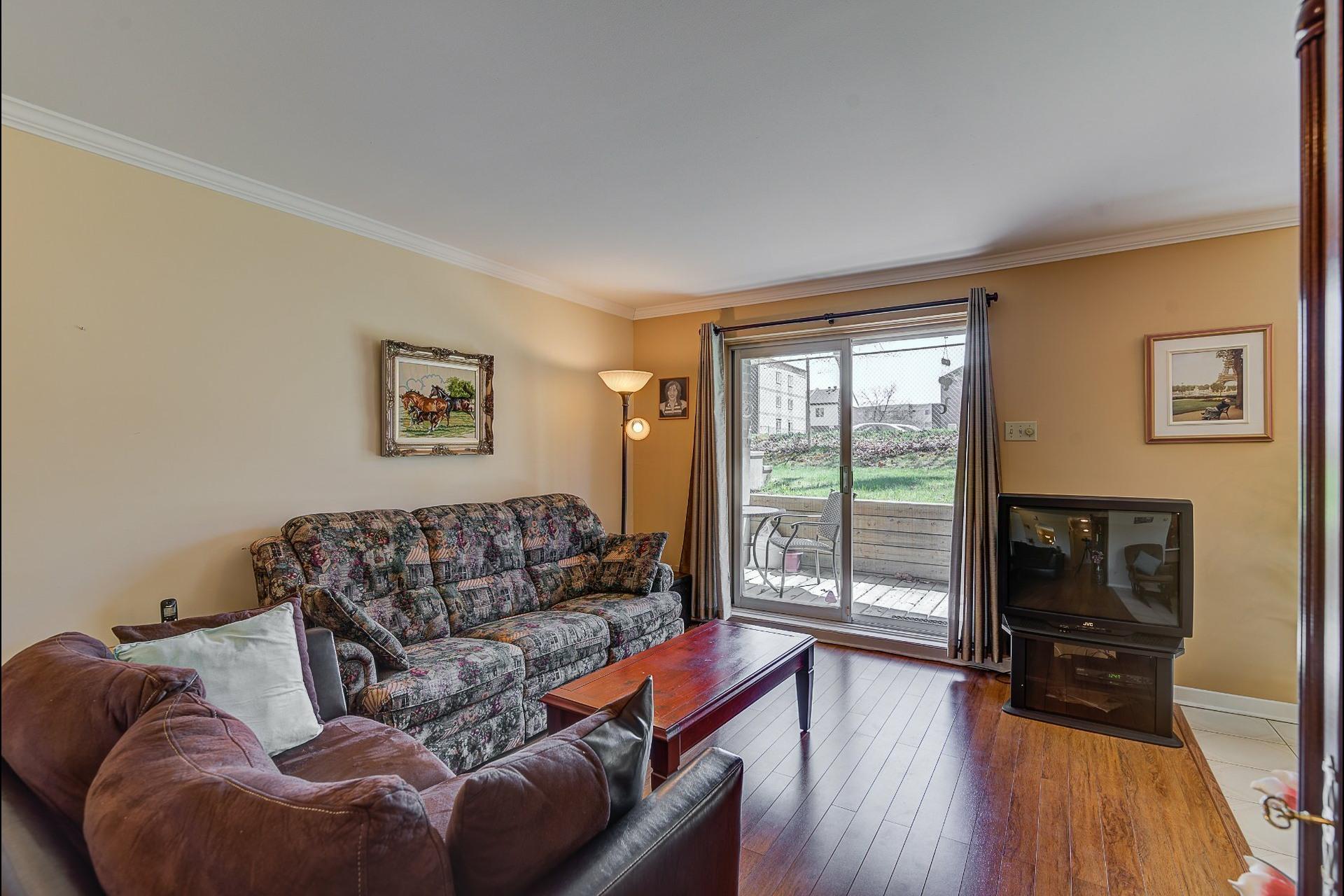 image 3 - Appartement À vendre Laval Chomedey  - 7 pièces