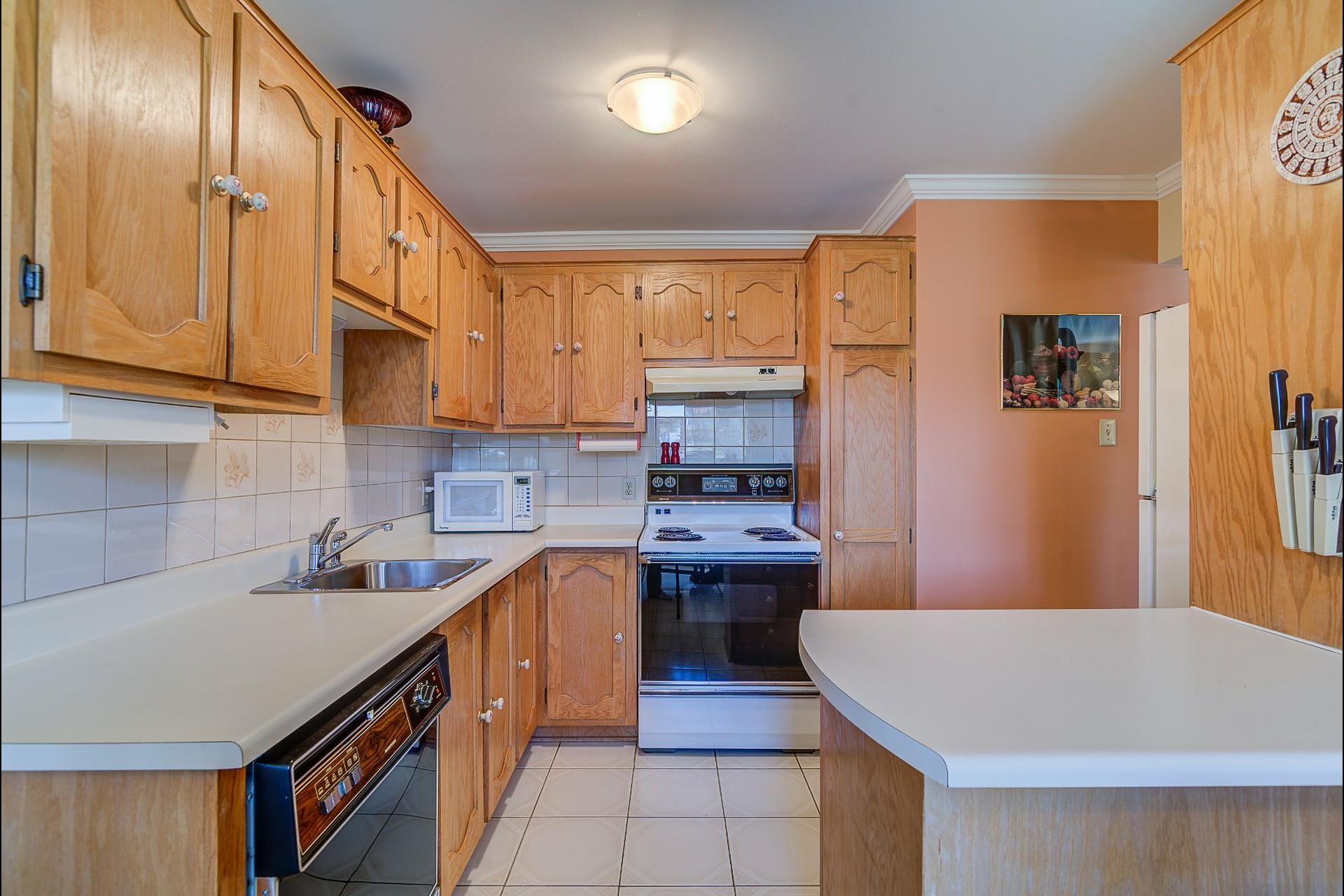 image 12 - Appartement À vendre Laval Chomedey  - 7 pièces