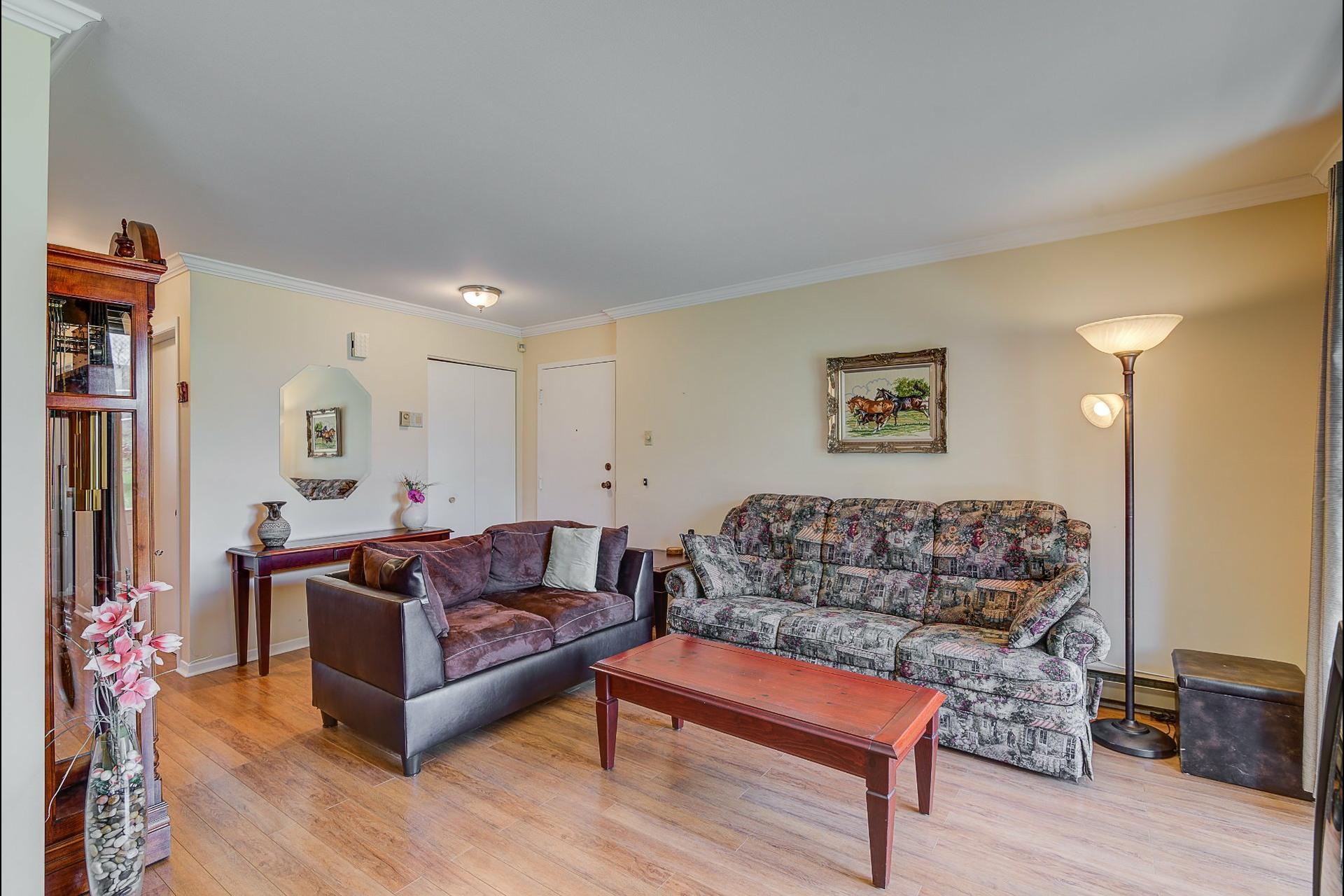 image 2 - Appartement À vendre Laval Chomedey  - 7 pièces