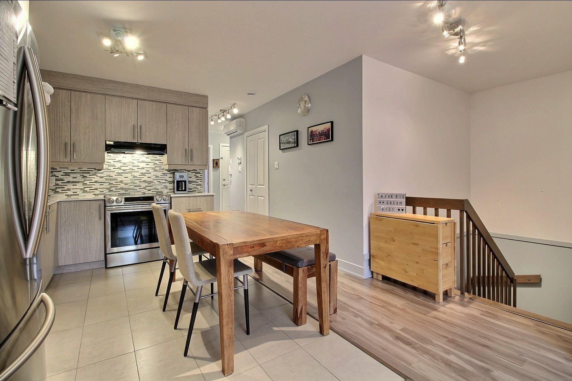 image 5 - Apartment For sale Montréal Le Sud-Ouest  - 8 rooms