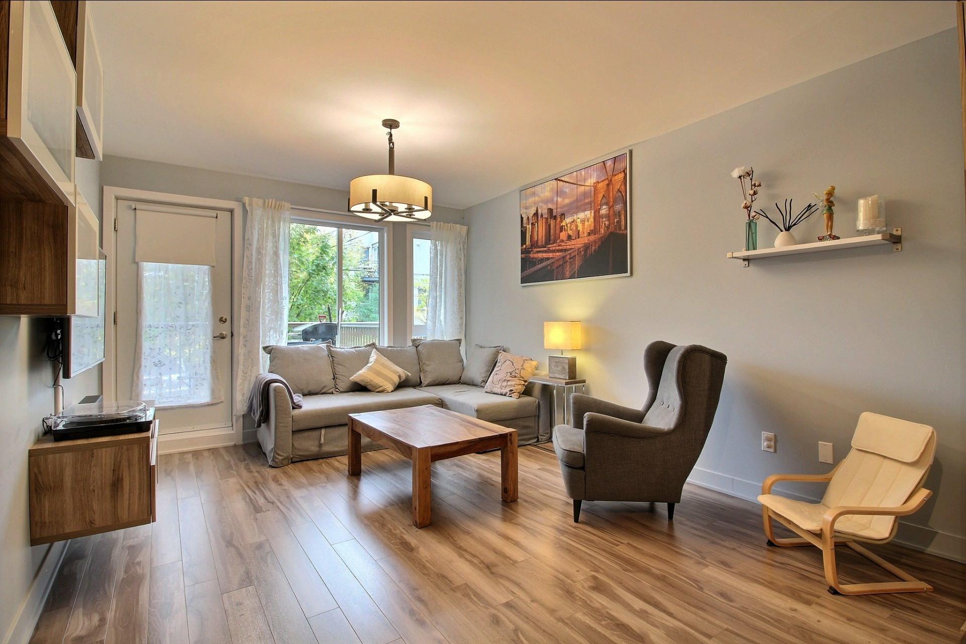 image 1 - Apartment For sale Montréal Le Sud-Ouest  - 8 rooms