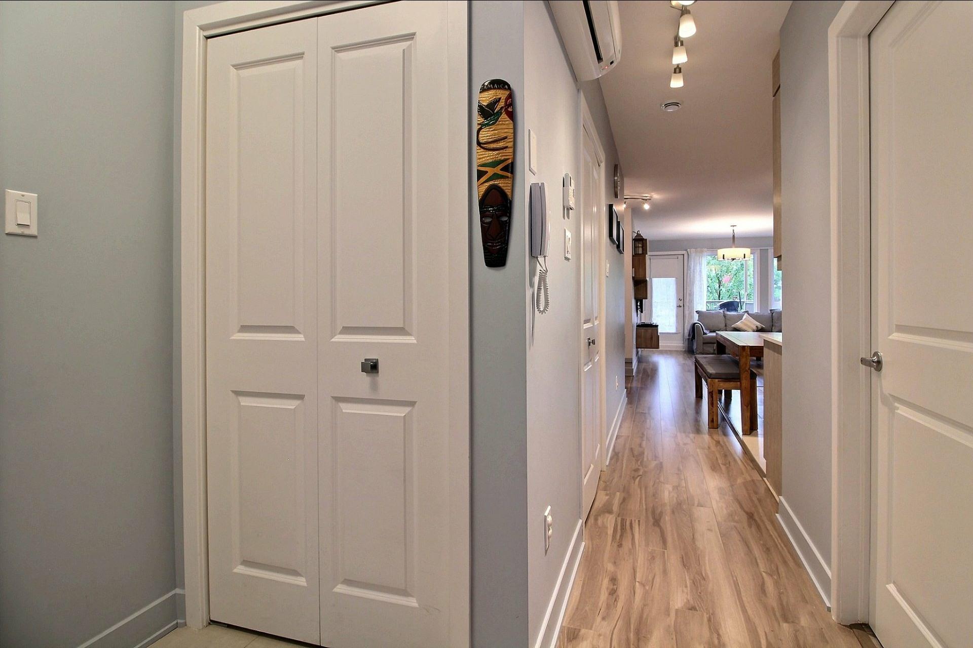 image 16 - Apartment For sale Montréal Le Sud-Ouest  - 8 rooms