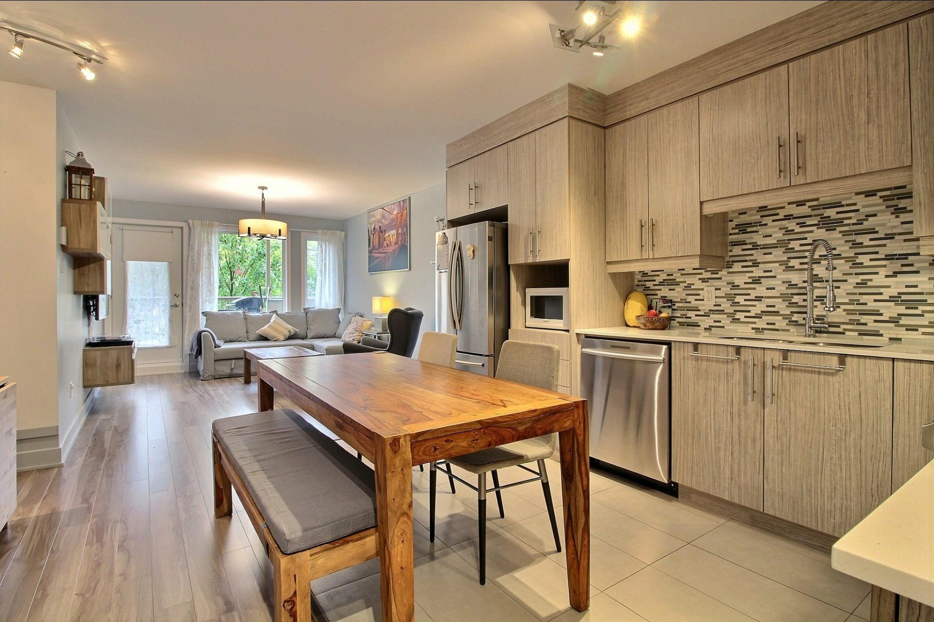 image 3 - Apartment For sale Montréal Le Sud-Ouest  - 8 rooms