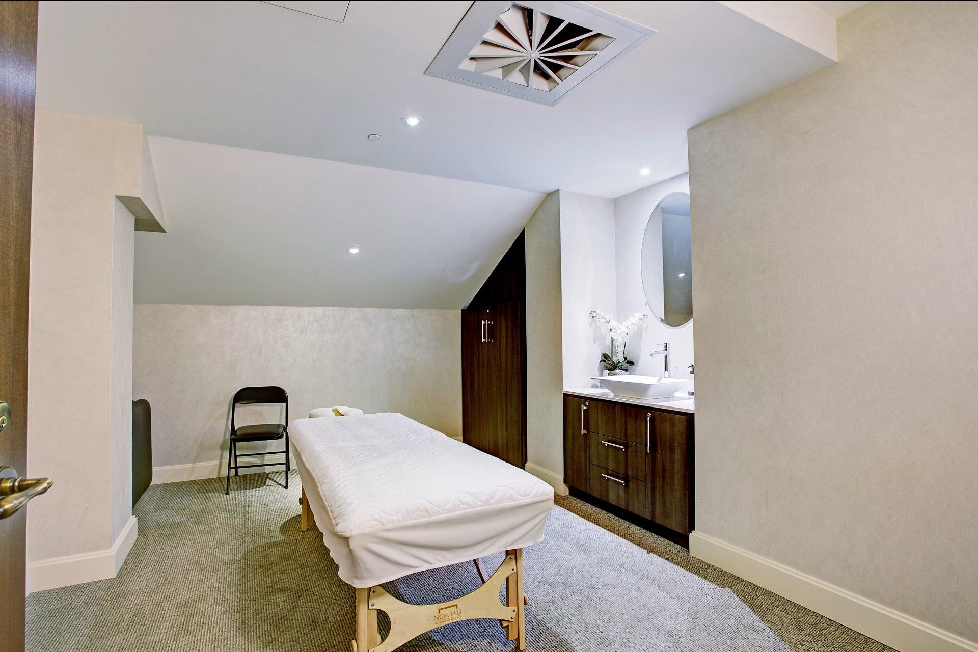 image 25 - Apartment For sale Montréal Ville-Marie  - 4 rooms