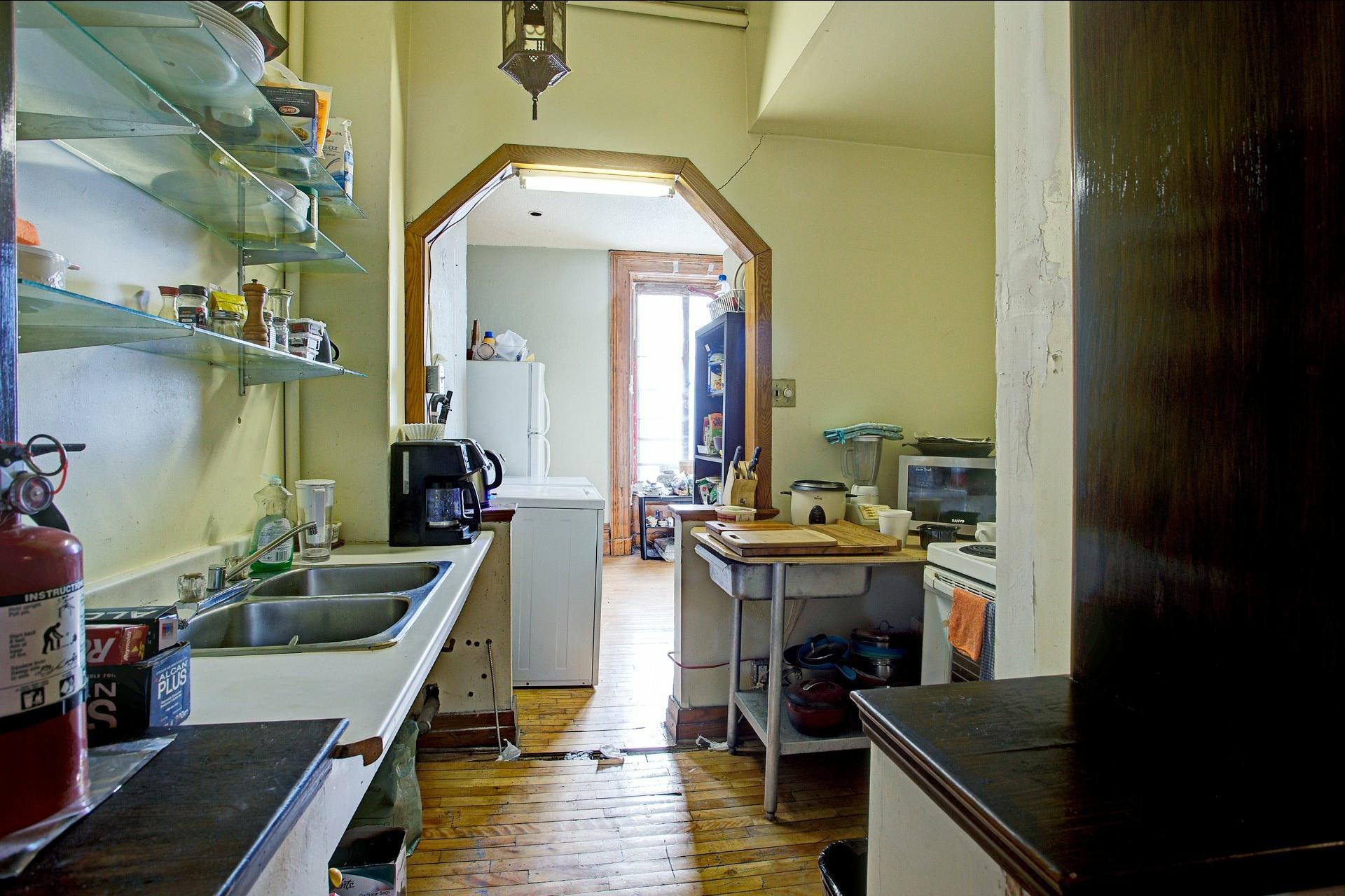 image 5 - Duplex À vendre Montréal Ville-Marie  - 8 pièces