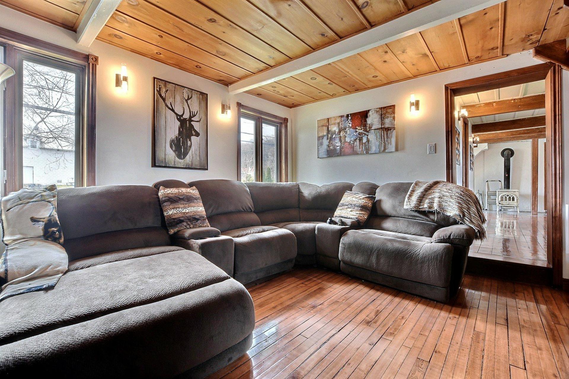 image 6 - Maison À vendre Saint-Joseph-du-Lac - 8 pièces