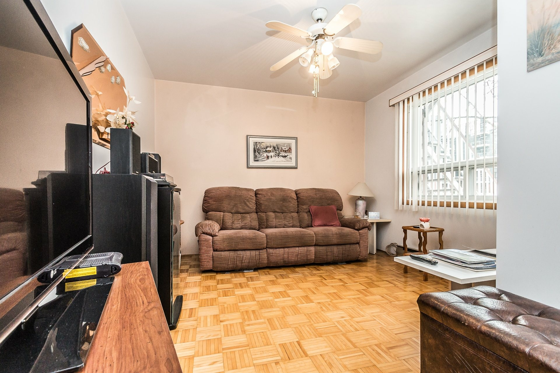 image 2 - 复式 出售 Montréal Lachine  - 3 室