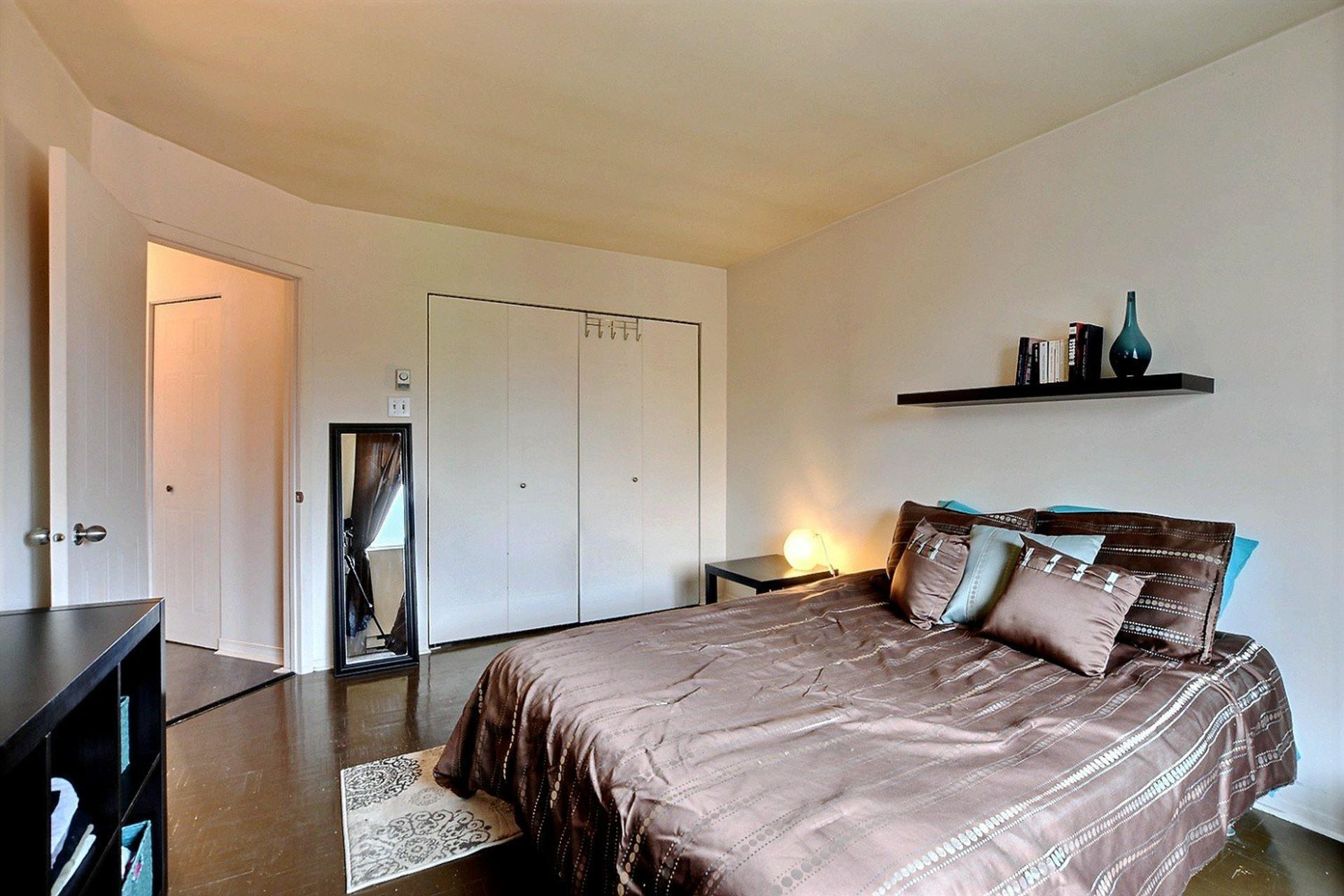 image 14 - Appartement À vendre Montréal Le Plateau-Mont-Royal  - 5 pièces