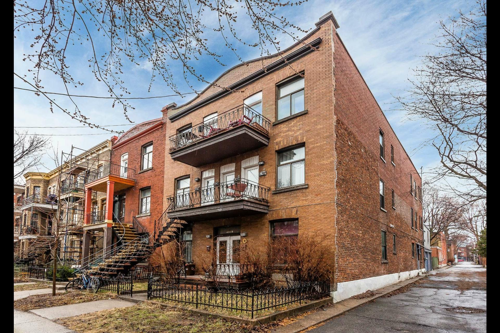 image 0 - Immeuble à revenus À vendre Montréal Le Plateau-Mont-Royal  - 5 pièces