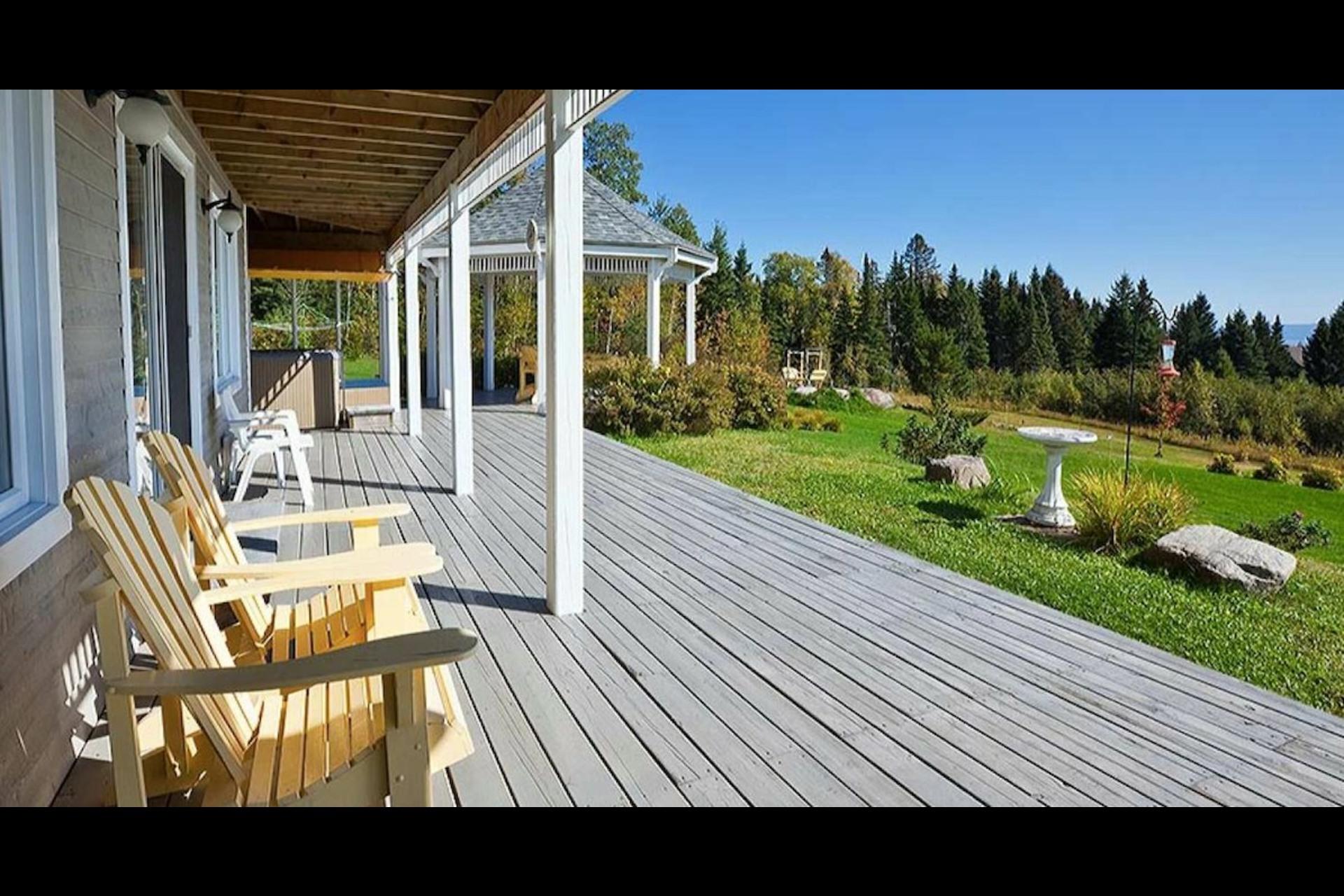 image 8 - Maison À vendre Petite-Rivière-Saint-François - 5 pièces