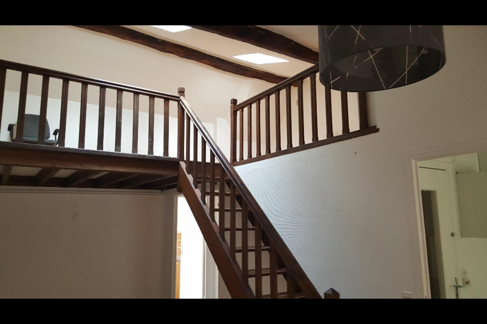 image 0 - Apartment For rent saint germain en laye - 3 rooms
