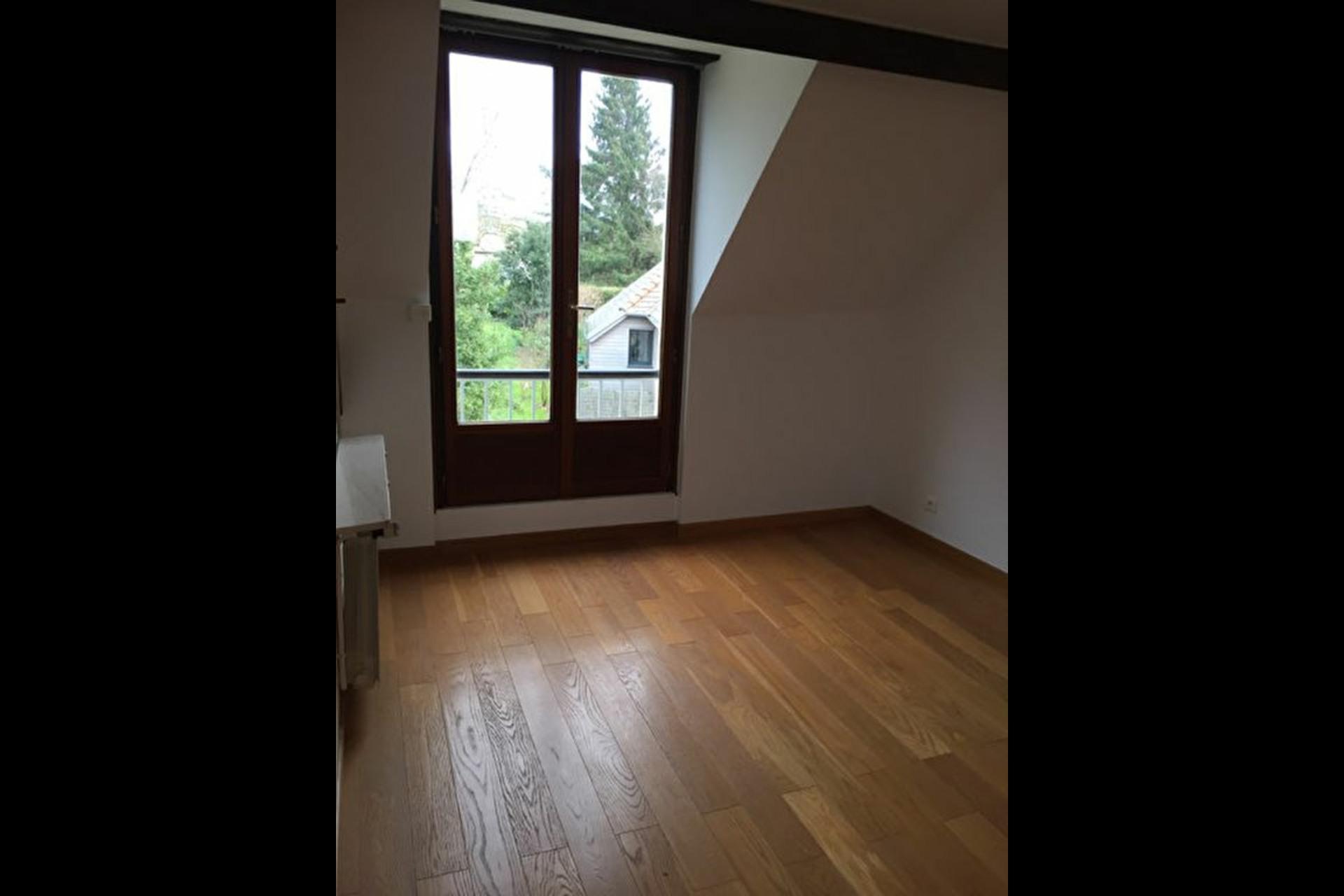 image 9 - Townhouse For rent saint nom la breteche - 5 rooms