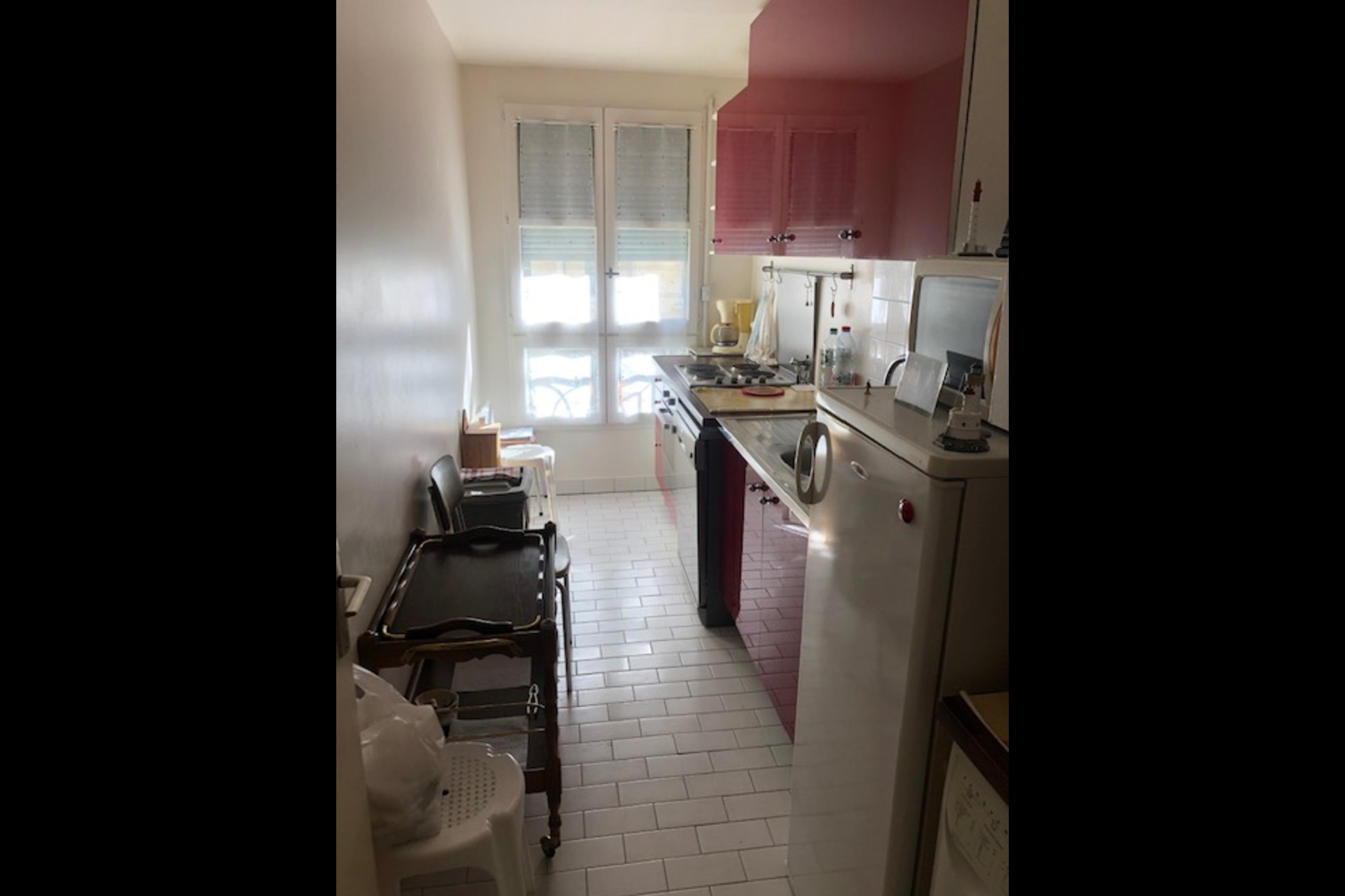 image 2 - Apartment For sale saint germain en laye - 3 rooms