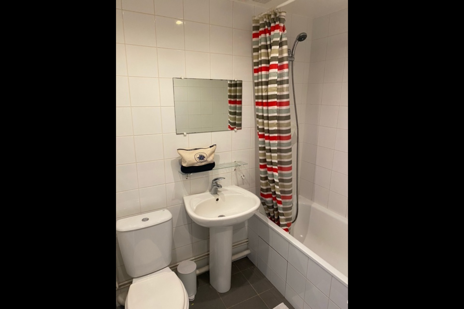image 2 - Apartment For rent chambourcy - 2 rooms