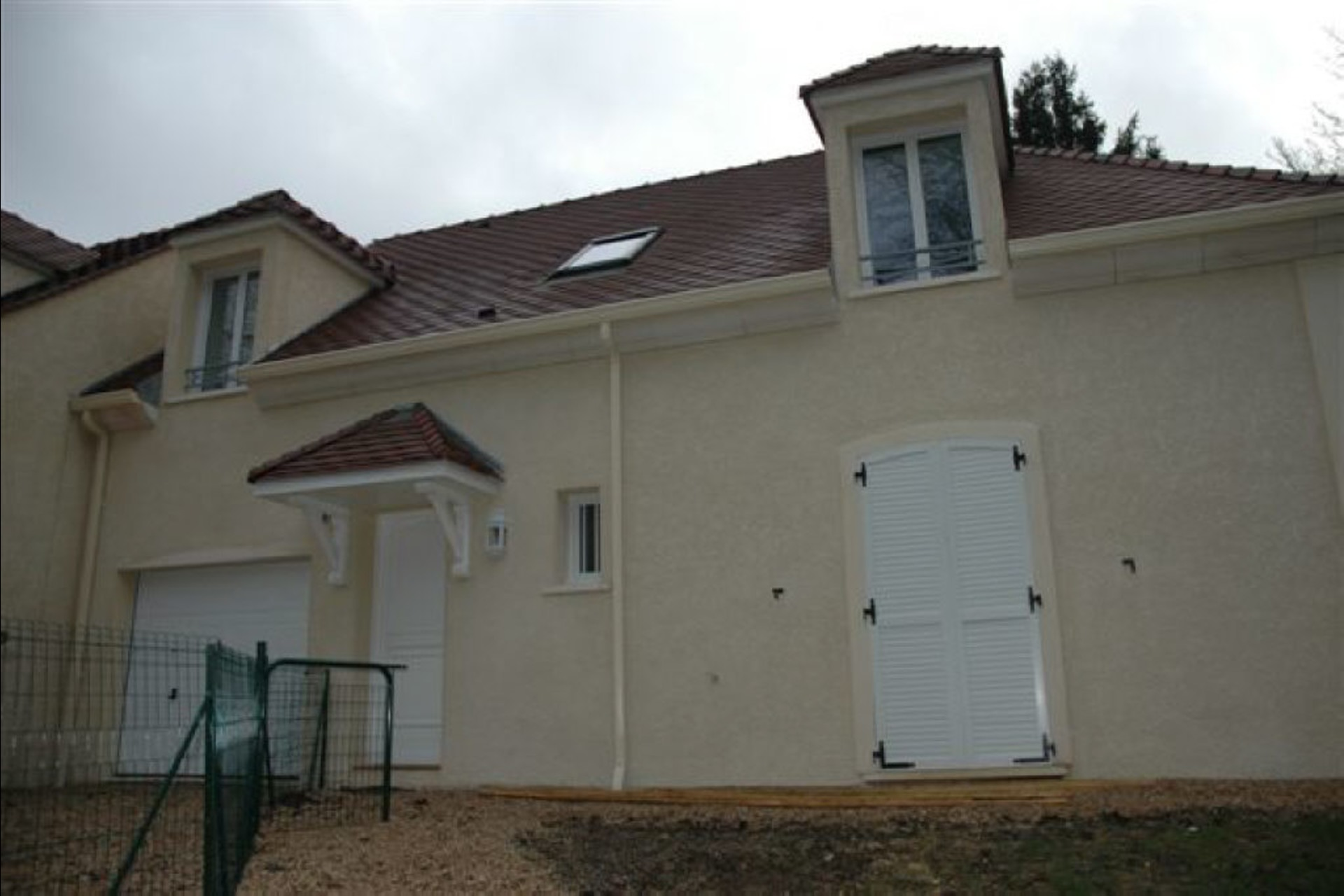 image 2 - House For rent - 7 rooms