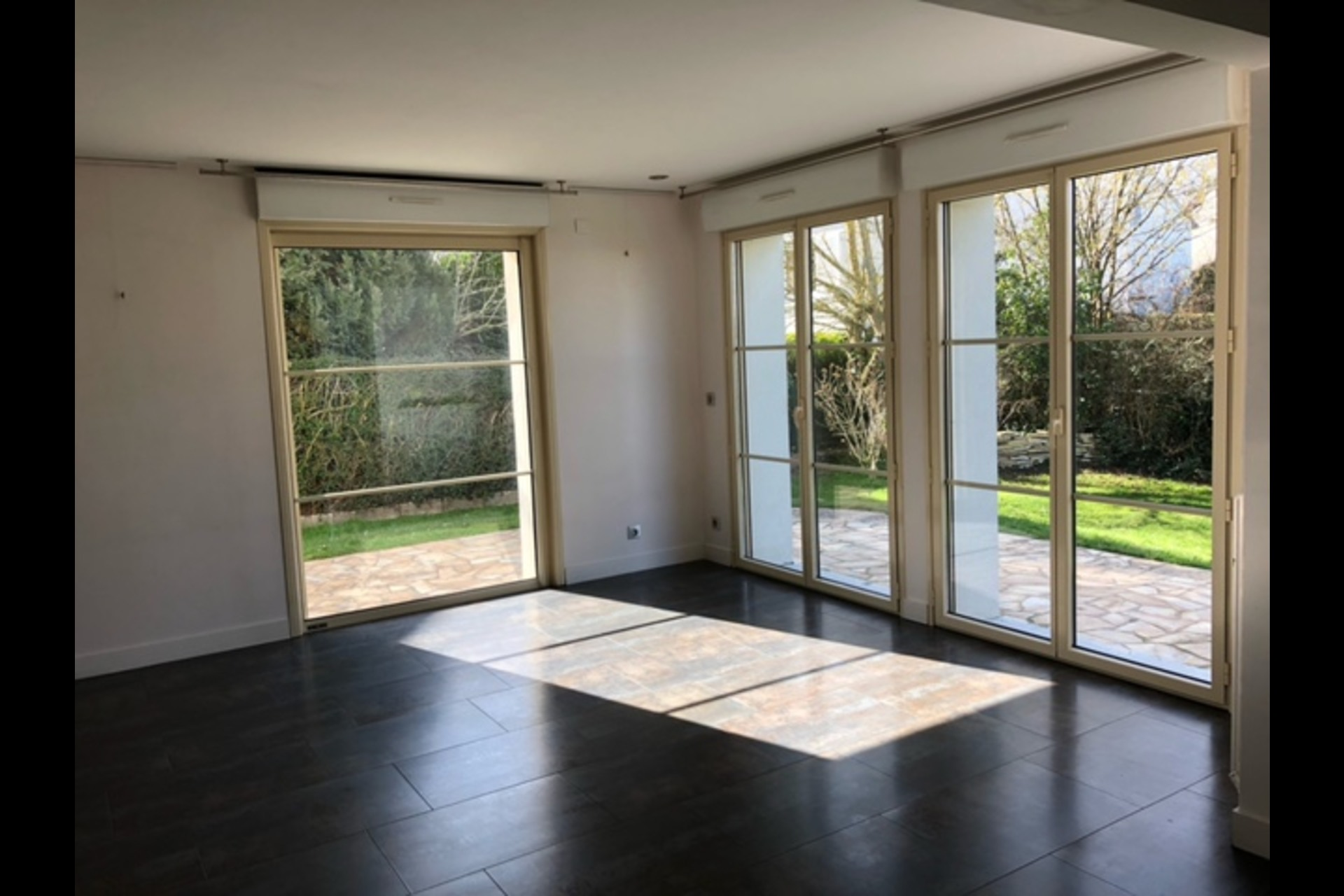 image 2 - House For sale chambourcy - 6 rooms